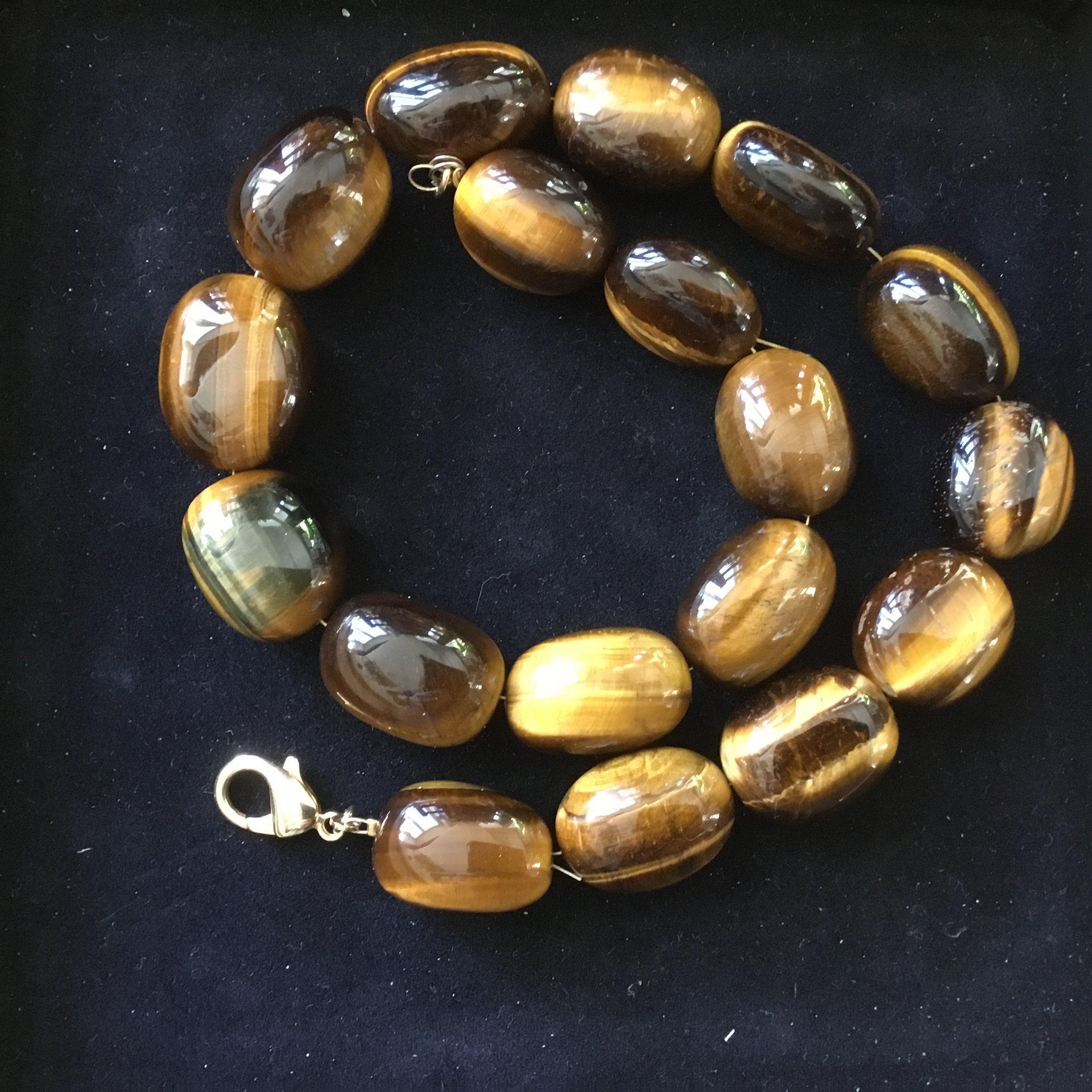 halsband stora pärlor