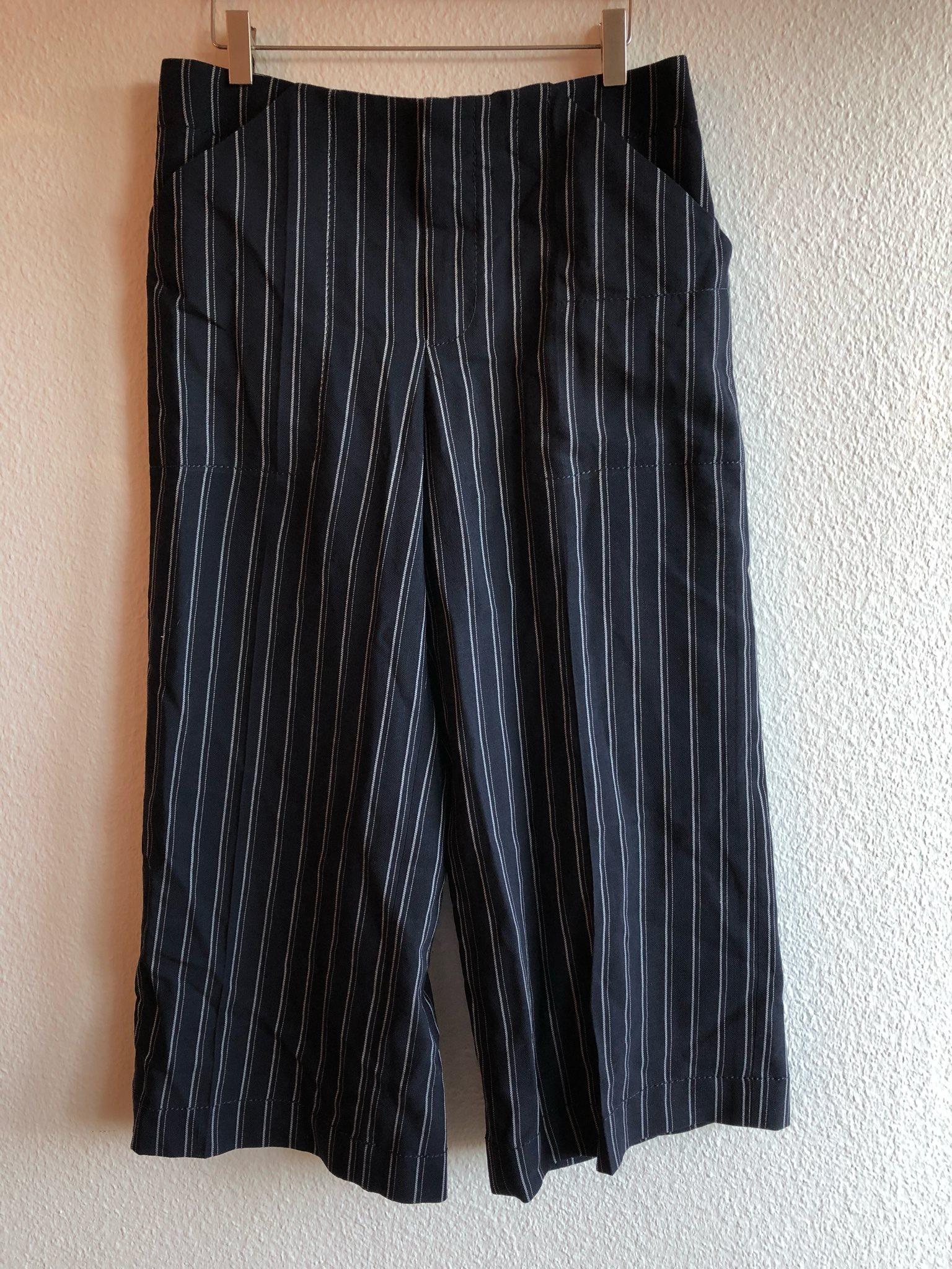 ACNE STUDIOS - Cropped mjuka byxor vit/blå randiga strl 36