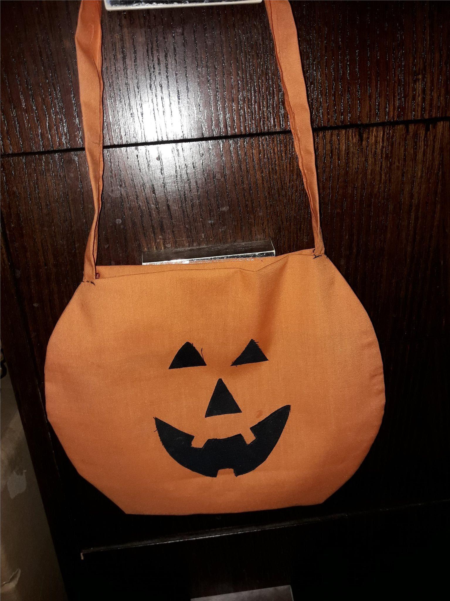 köpa halloween saker