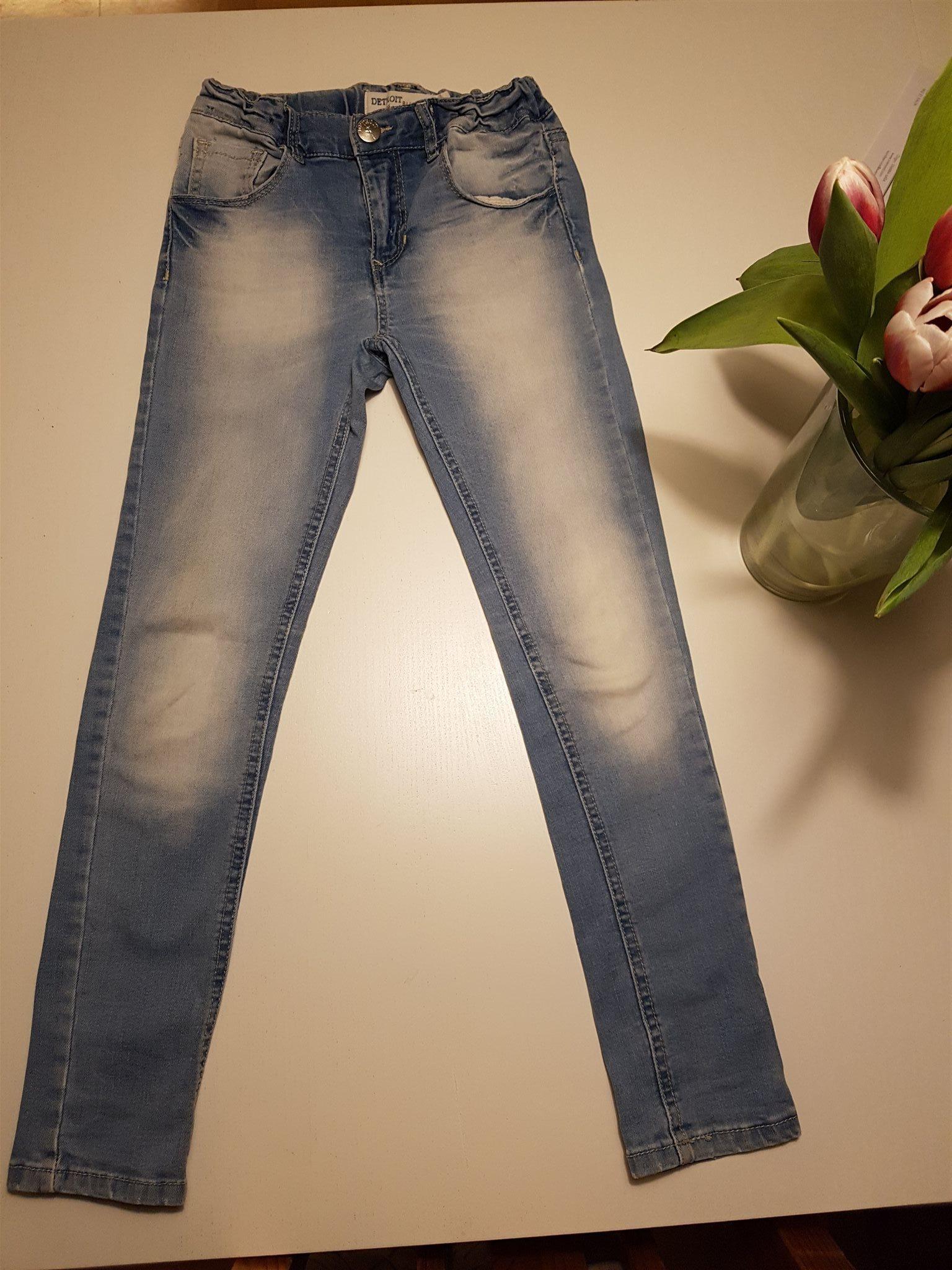 5da91874 Supersnygga jeans ljus denim LINDEX Detroit 122 smal modell stretch FINT  SKICK