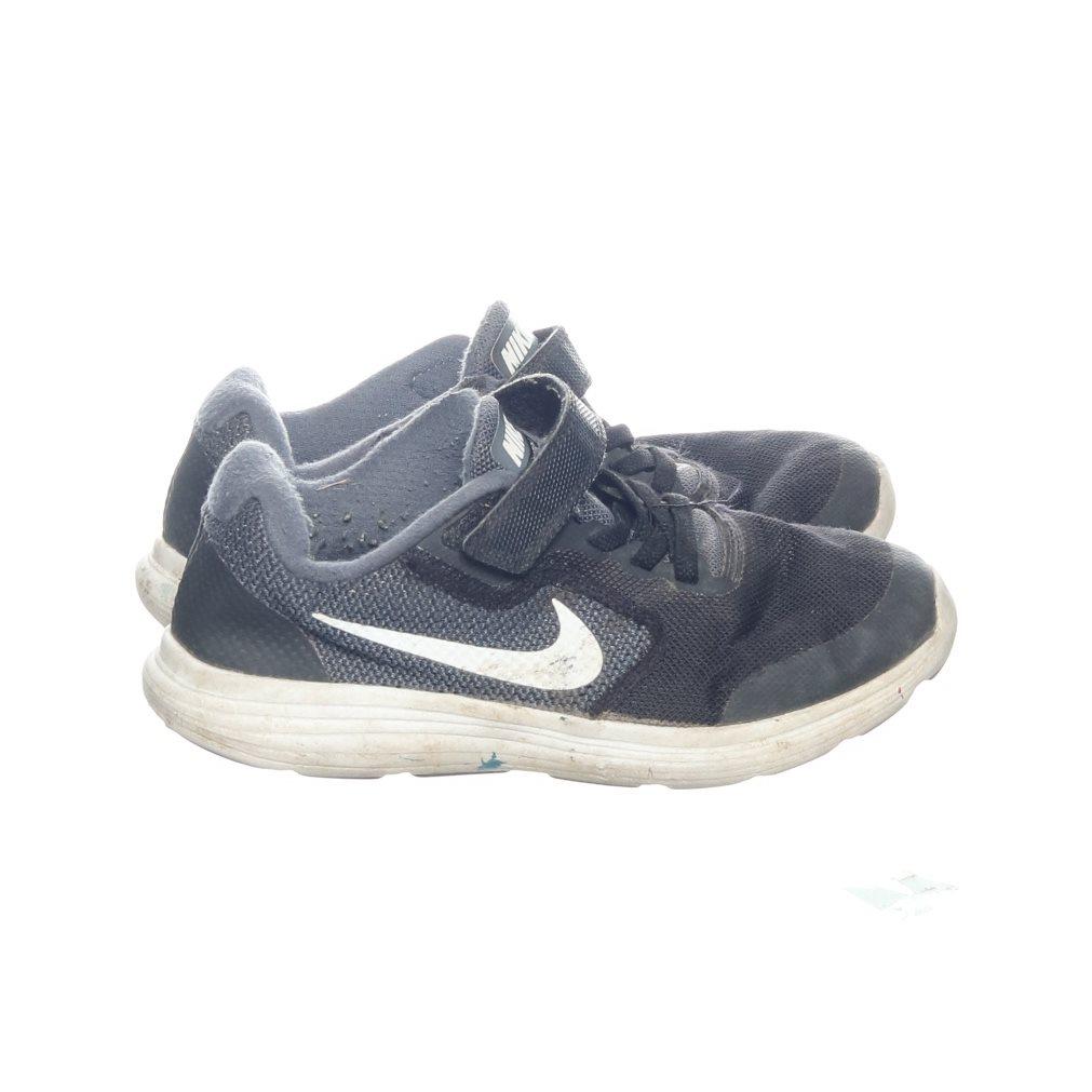 wholesale dealer 17063 d8eb6 Nike, Löparskor, Strl  33, Svart Vit