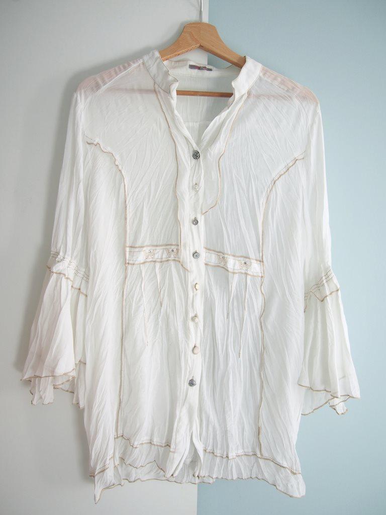 Carla F vit skjorta blus tunika .. (310854985) ᐈ wildheartsstore på ... e89a8aa9ac373