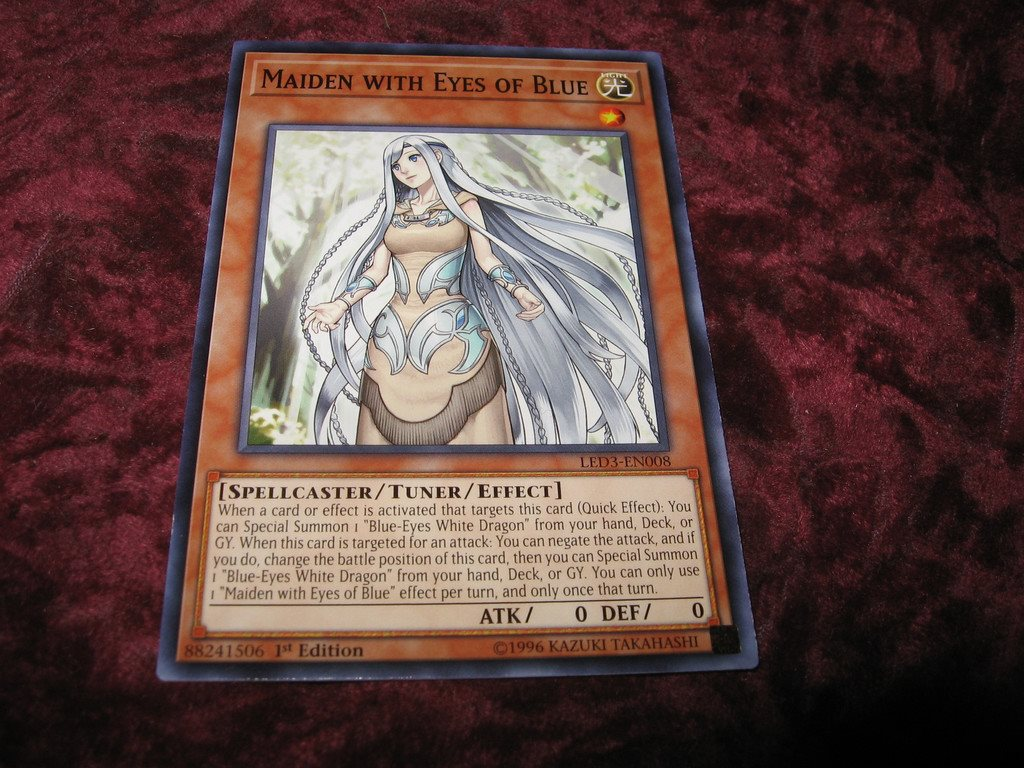 YU-GI-OH MAIDEN WITH EYES OF BLUE LED3-EN008
