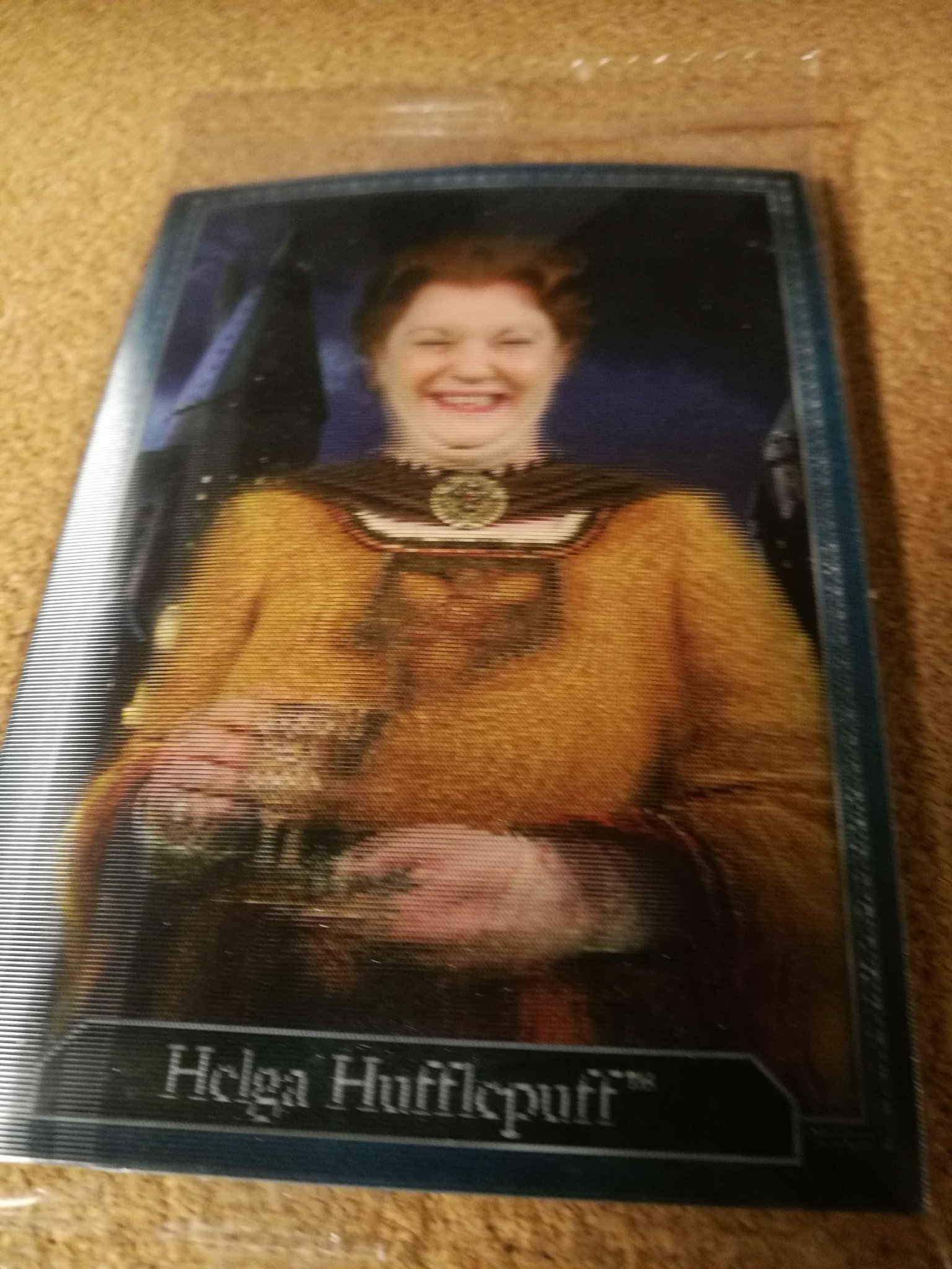 HARRY POTTER samlarbild Hologram HELGA HUFFLEPUFF Four Founders of Hogwarts card