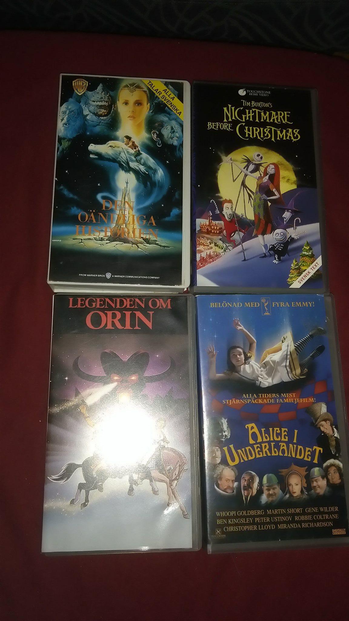 VHS paket med fyra kultfilmer. Samlare retro (313952077) ᐈ Köp på ...