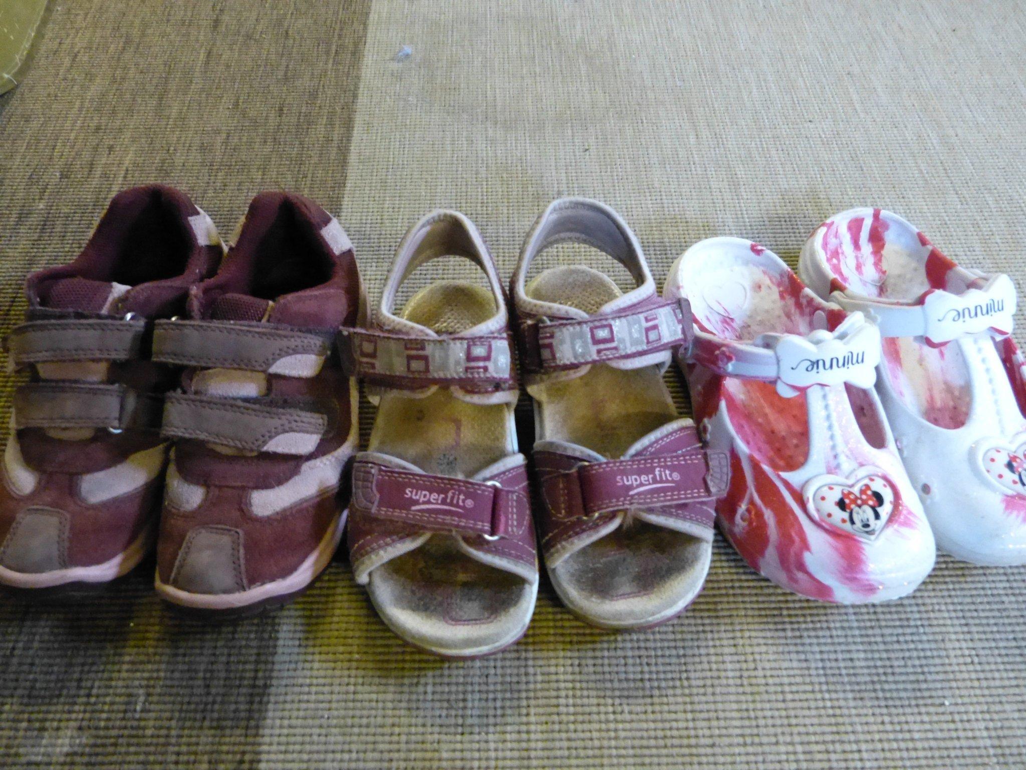 skopaket flicka tjej 30 sandaler sneakers skor sko barn