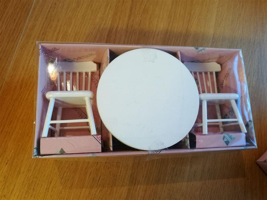 Dockhus möbler kök matrum matgrupp bord stolar nytt på tradera.com