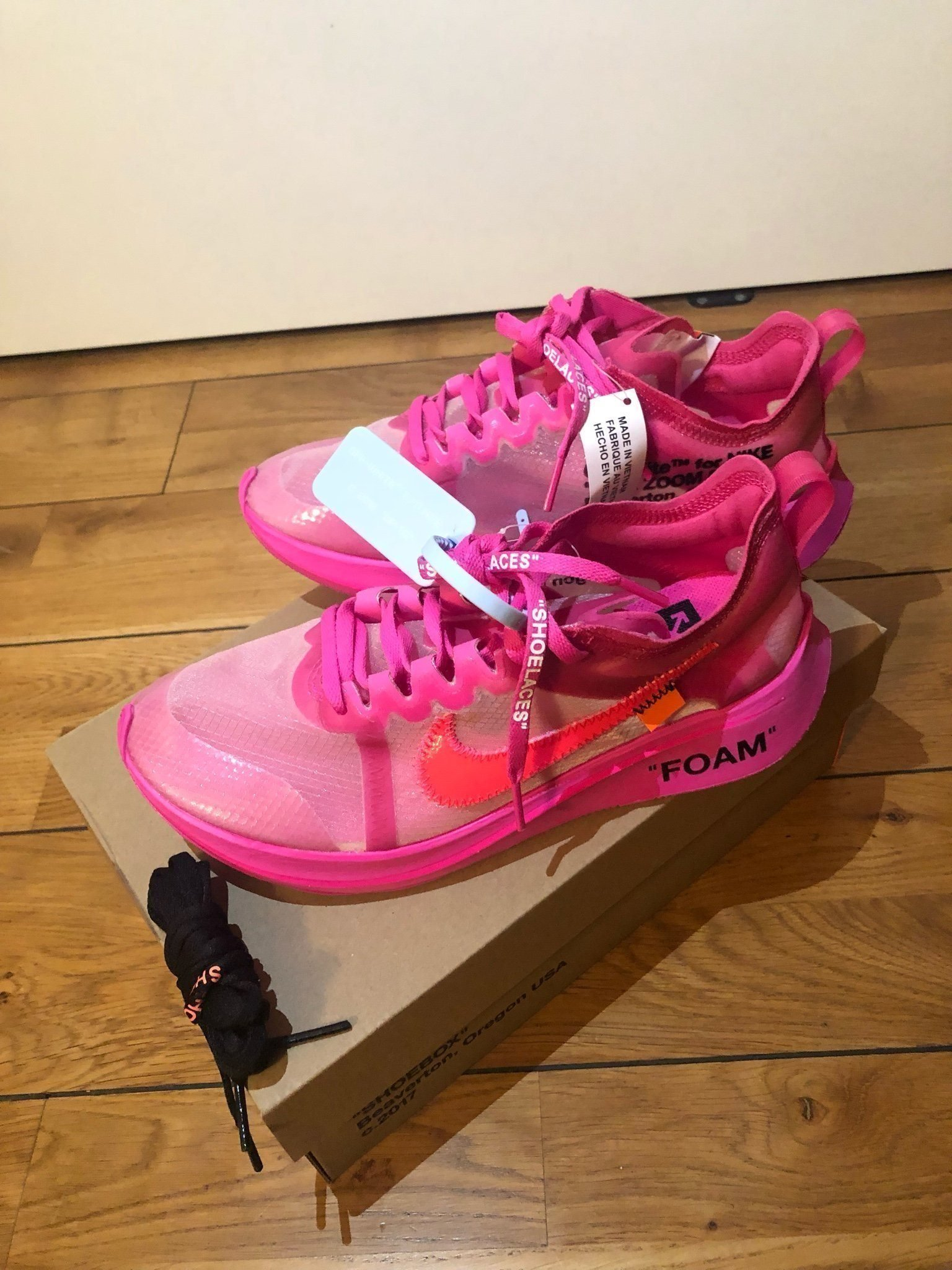 Nike Zoom Fly Off White Pink