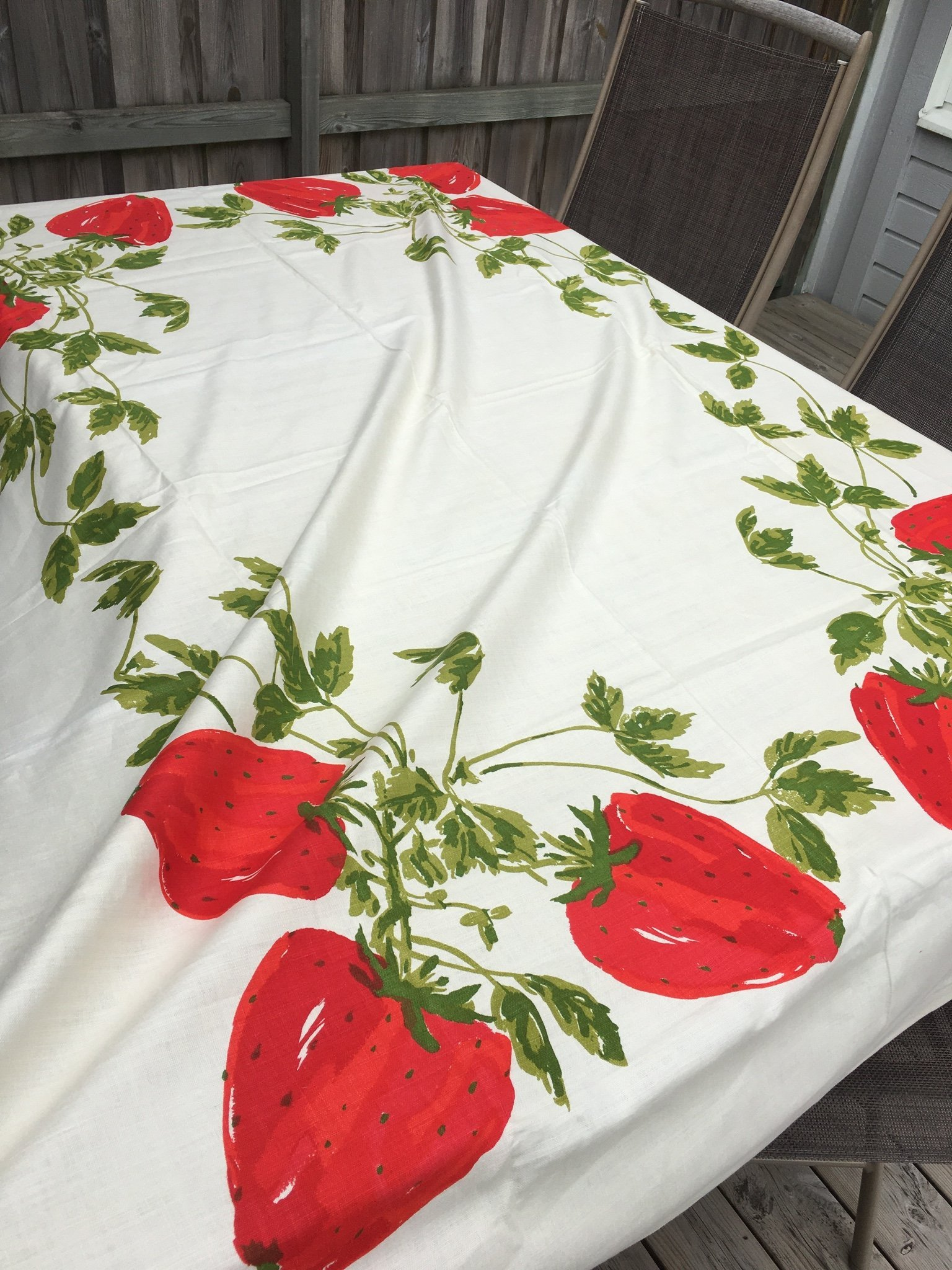 Vera Neumann linne retro vintage duk tyg jordgubbar tablecloth strawberries