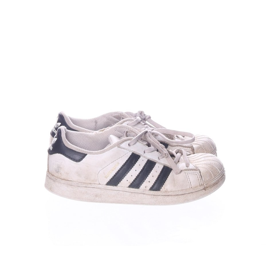 separation shoes 1ffca 13a51 Adidas, Sneakers, Strl  32, superstar, Svart Vit