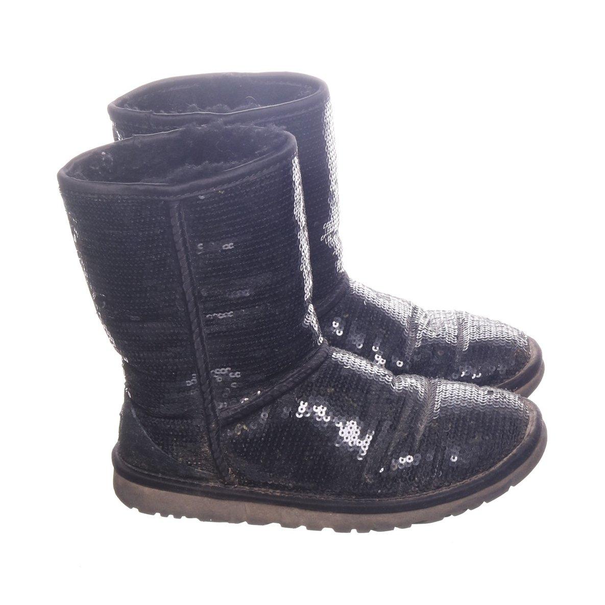 02f0d5d3281 UGG, Boots, Strl: 36, Classic Short Spark.. (354225974) ᐈ Sellpy på ...