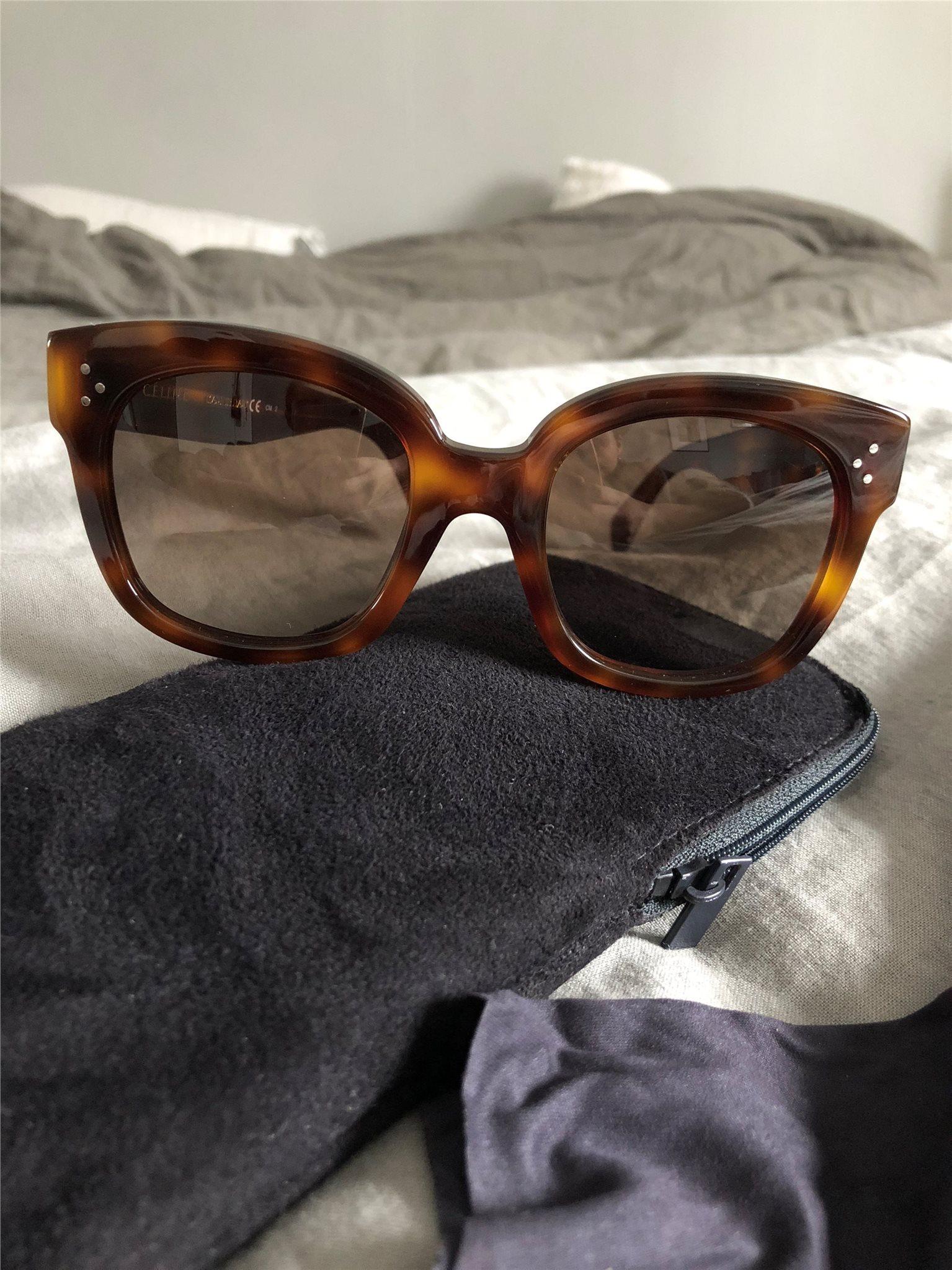 280c8f2ed2b Celine solglasögon New Audrey (338110832) ᐈ Köp på Tradera