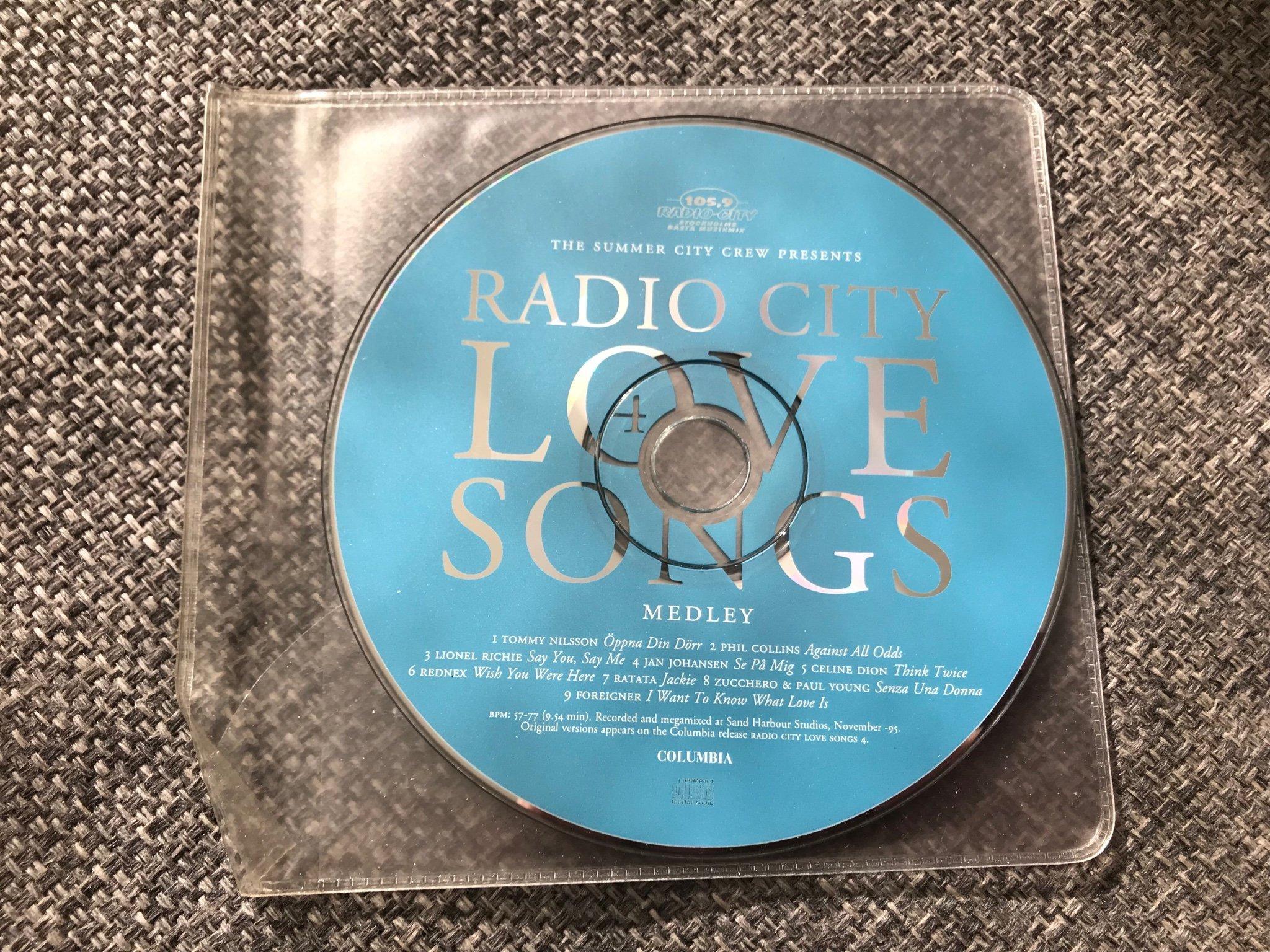 Radio City Lovesongs Medley / Megamix / PROMO -   (353036883