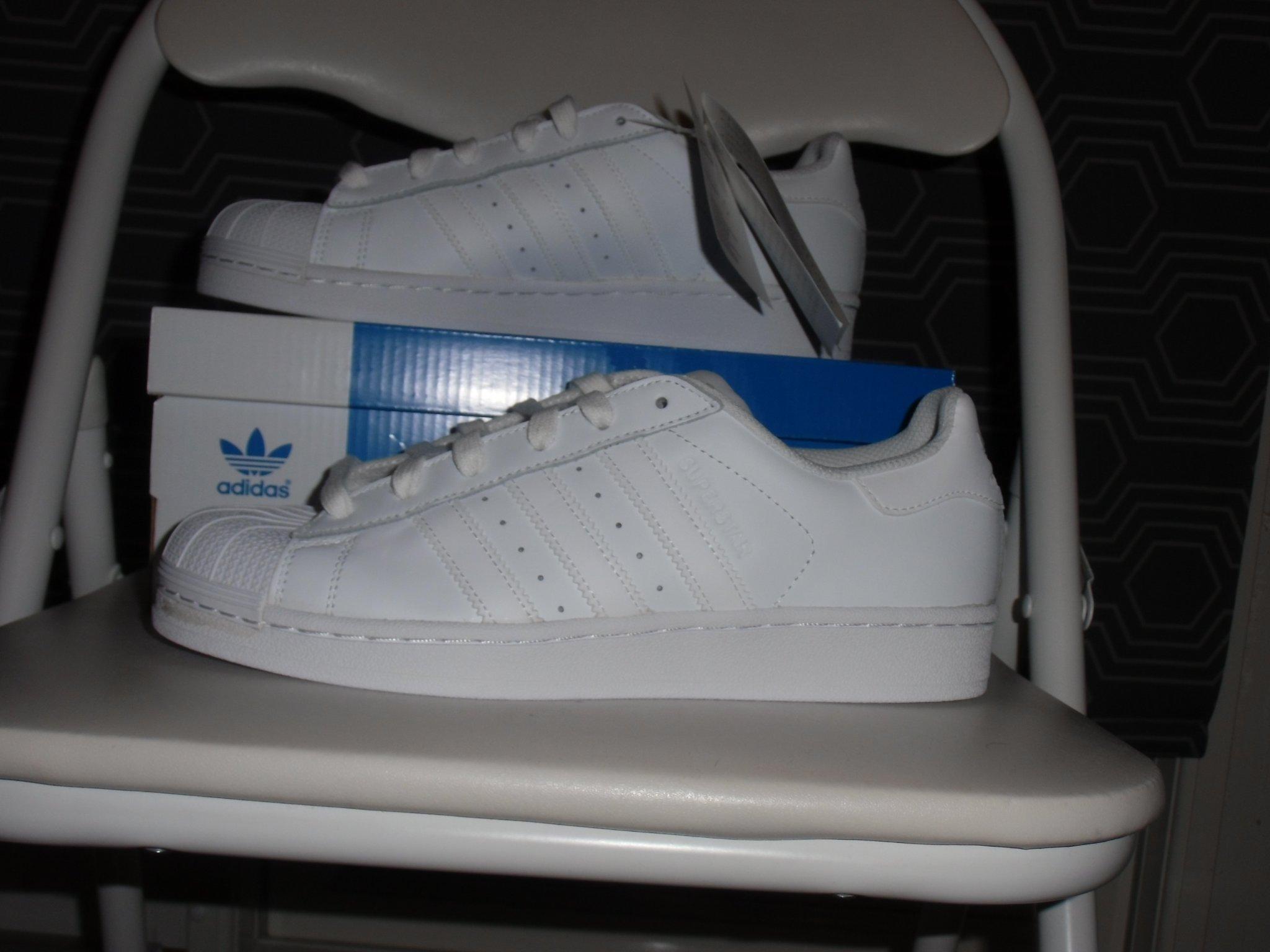 REA | Adidas Originals Babyskor (Storlekar 16 27) Skor