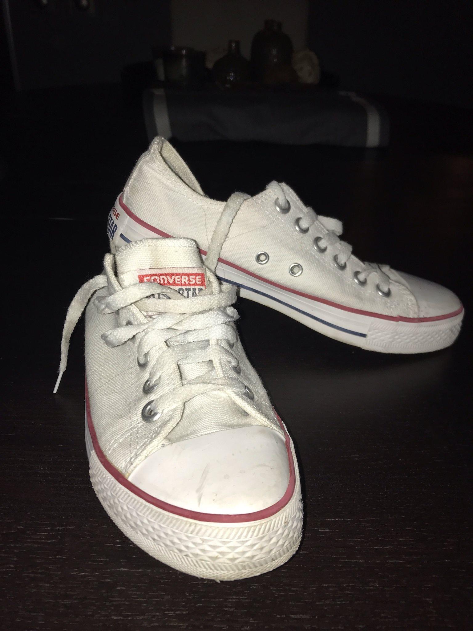 köp converse skor