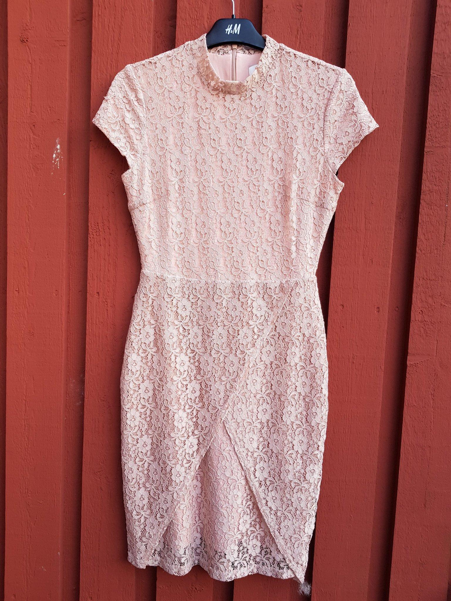41a3d6f07cfc Rosa spets klänning Dry Lake Strl M * (351814985) ᐈ Köp på Tradera