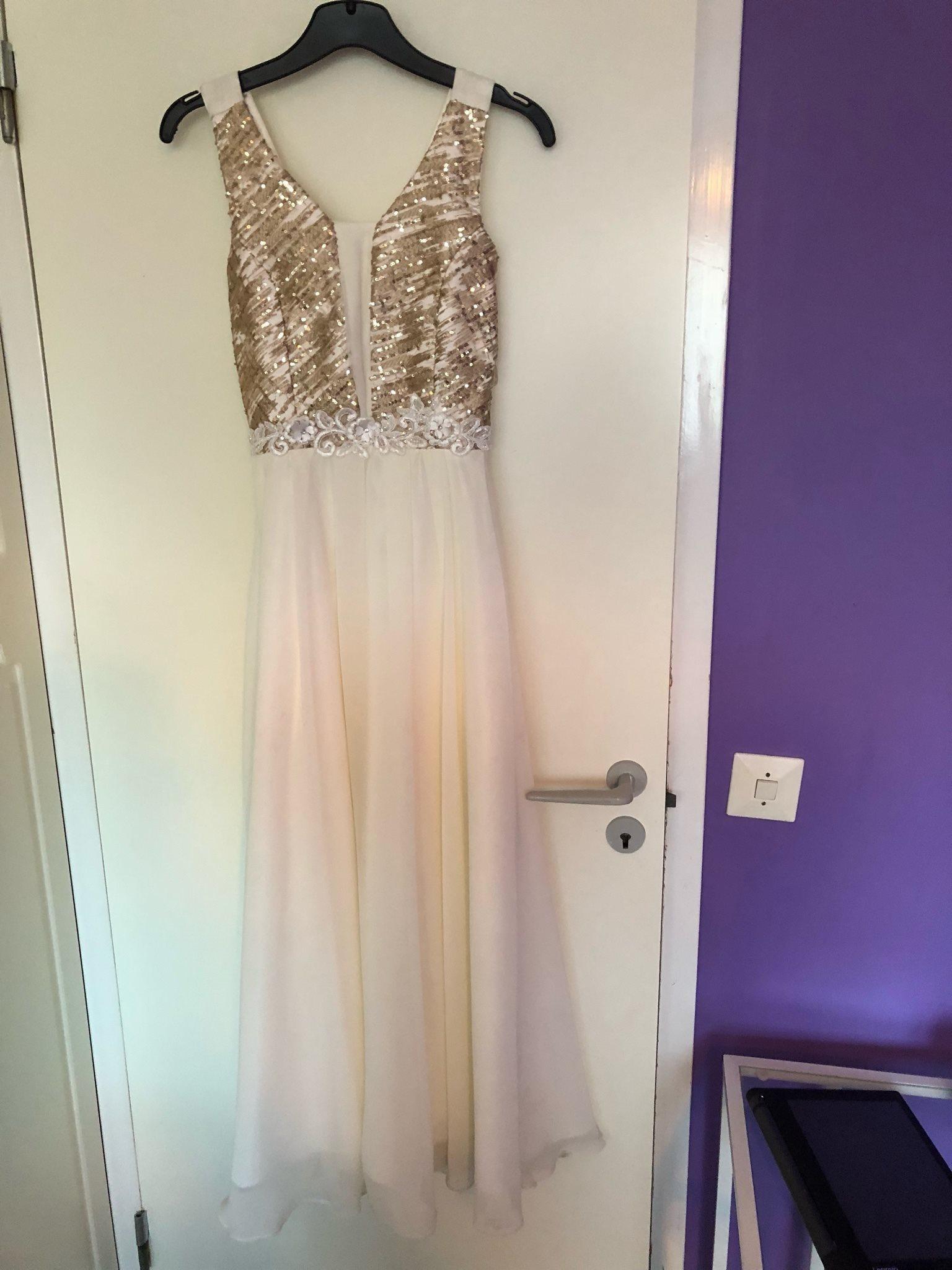 Vitt i glitter klänning (339064649) ᐈ Köp på Tradera 85ec0eac3c7dc