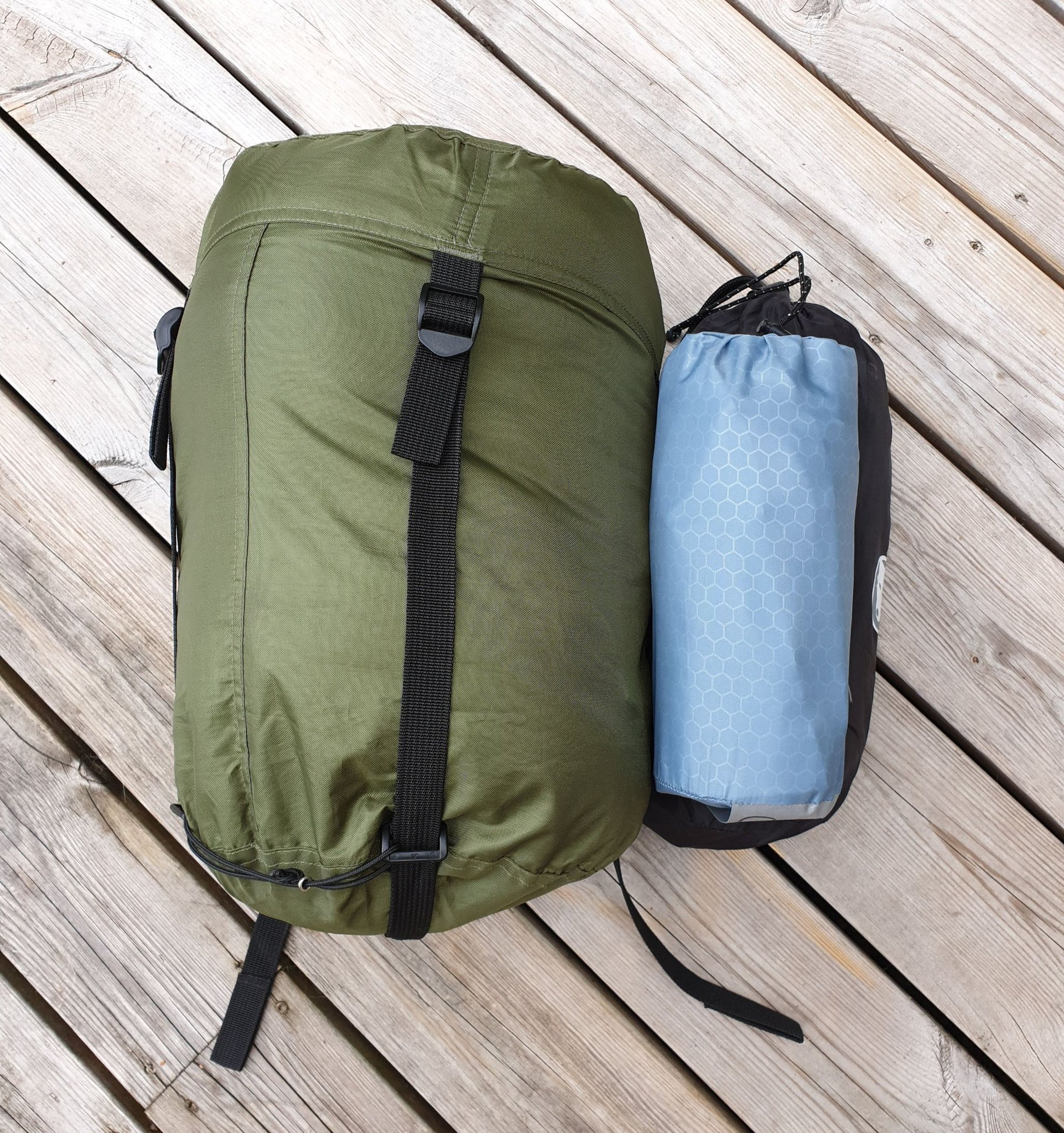 Camping tält sova set sovsäck + liggunderlag .. (405801868