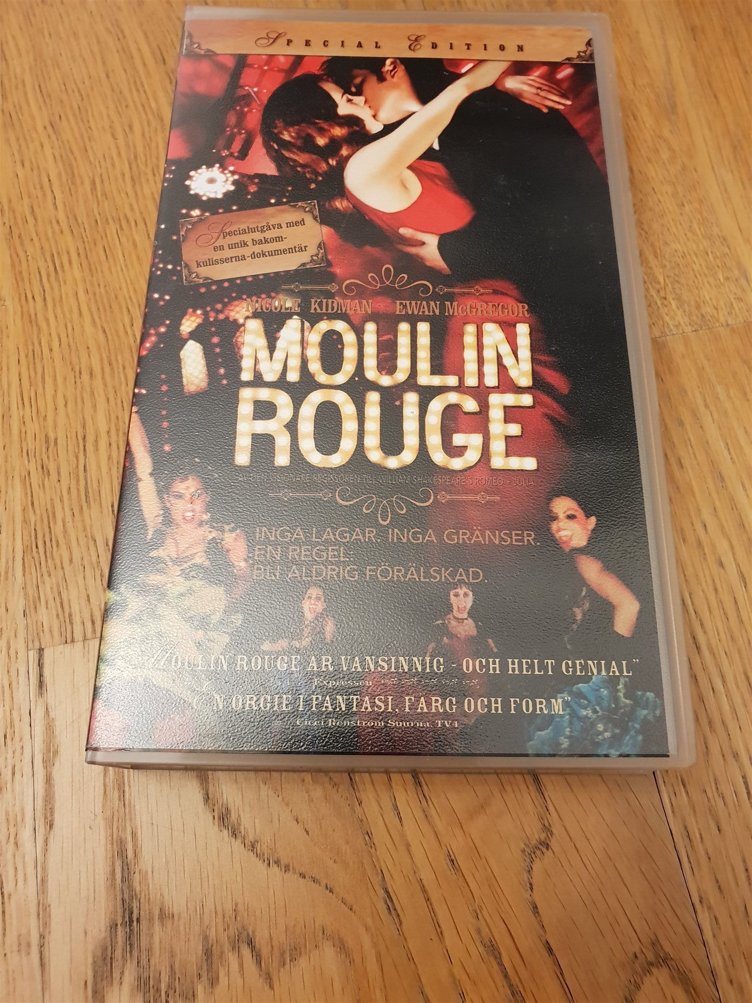 VHS: Moulin Rouge
