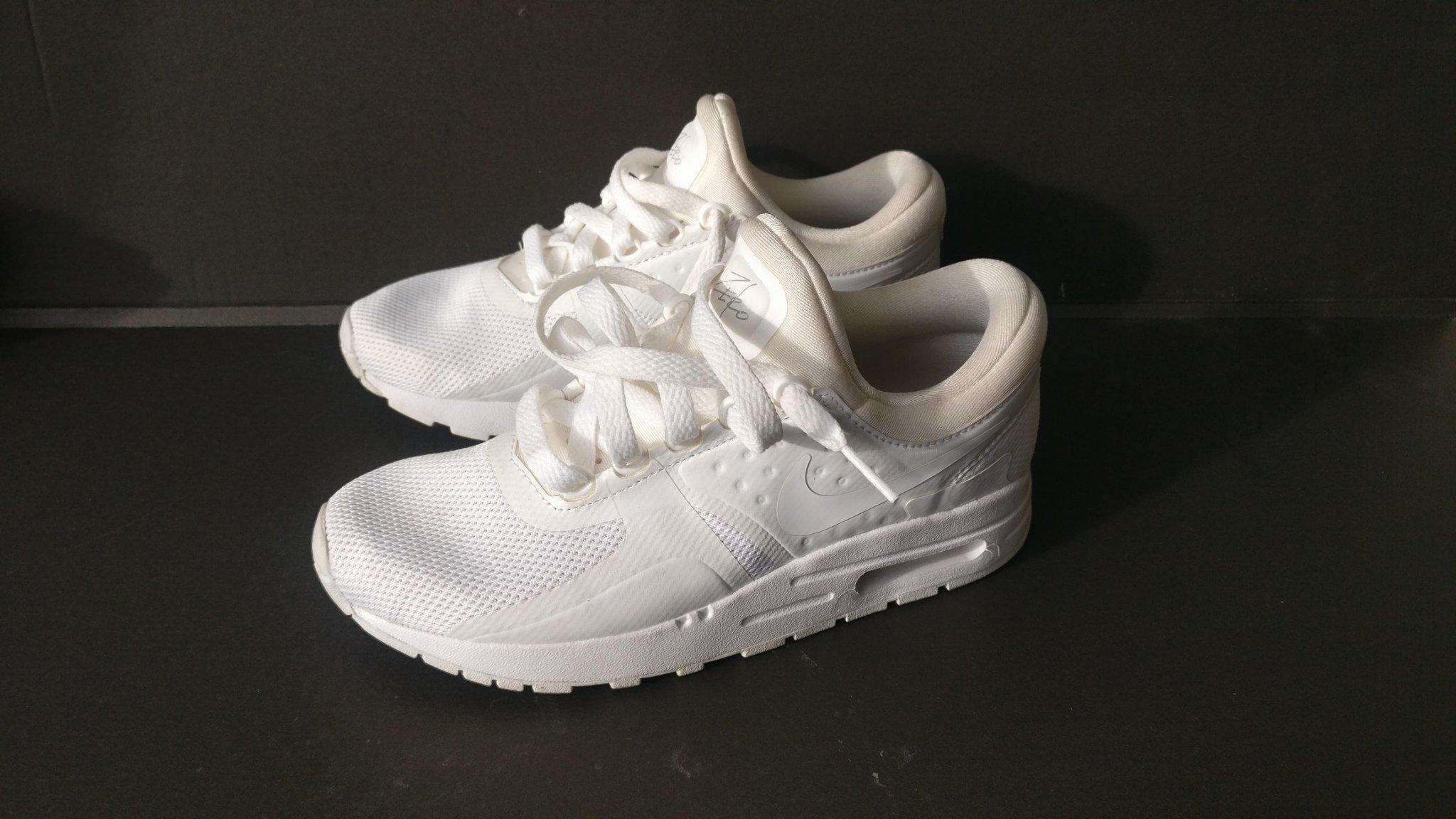 Nike Air Max Thea,ny tvättat,strl:35,5 har en håll titta bild 3