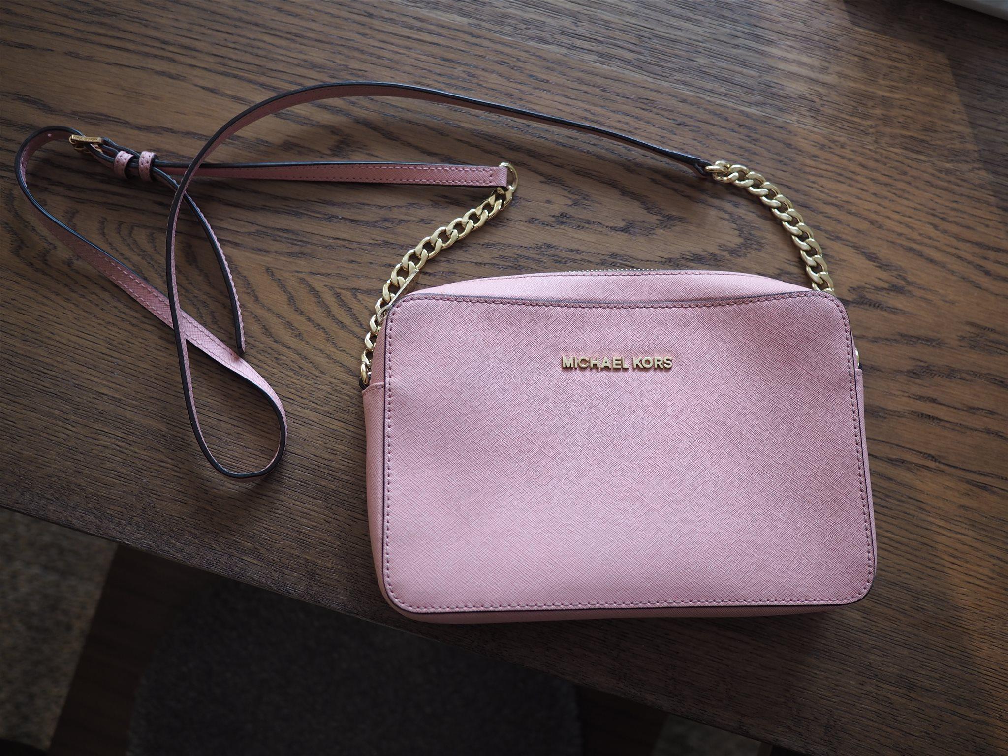 michael kors väska rosa