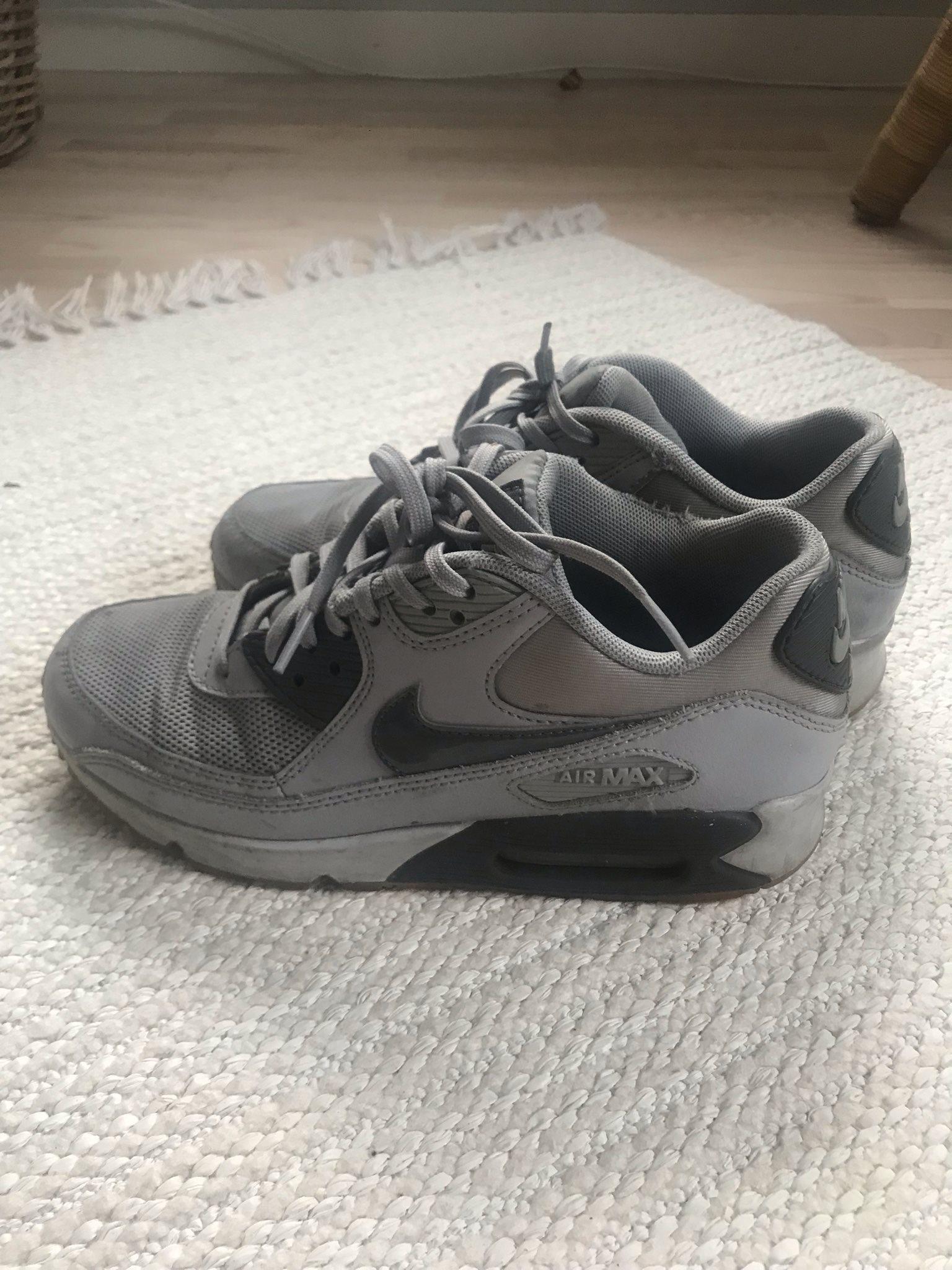 brand new 3b822 67079 ... brand new a95a7 235e9 Nike air max, storlek 38, grå.