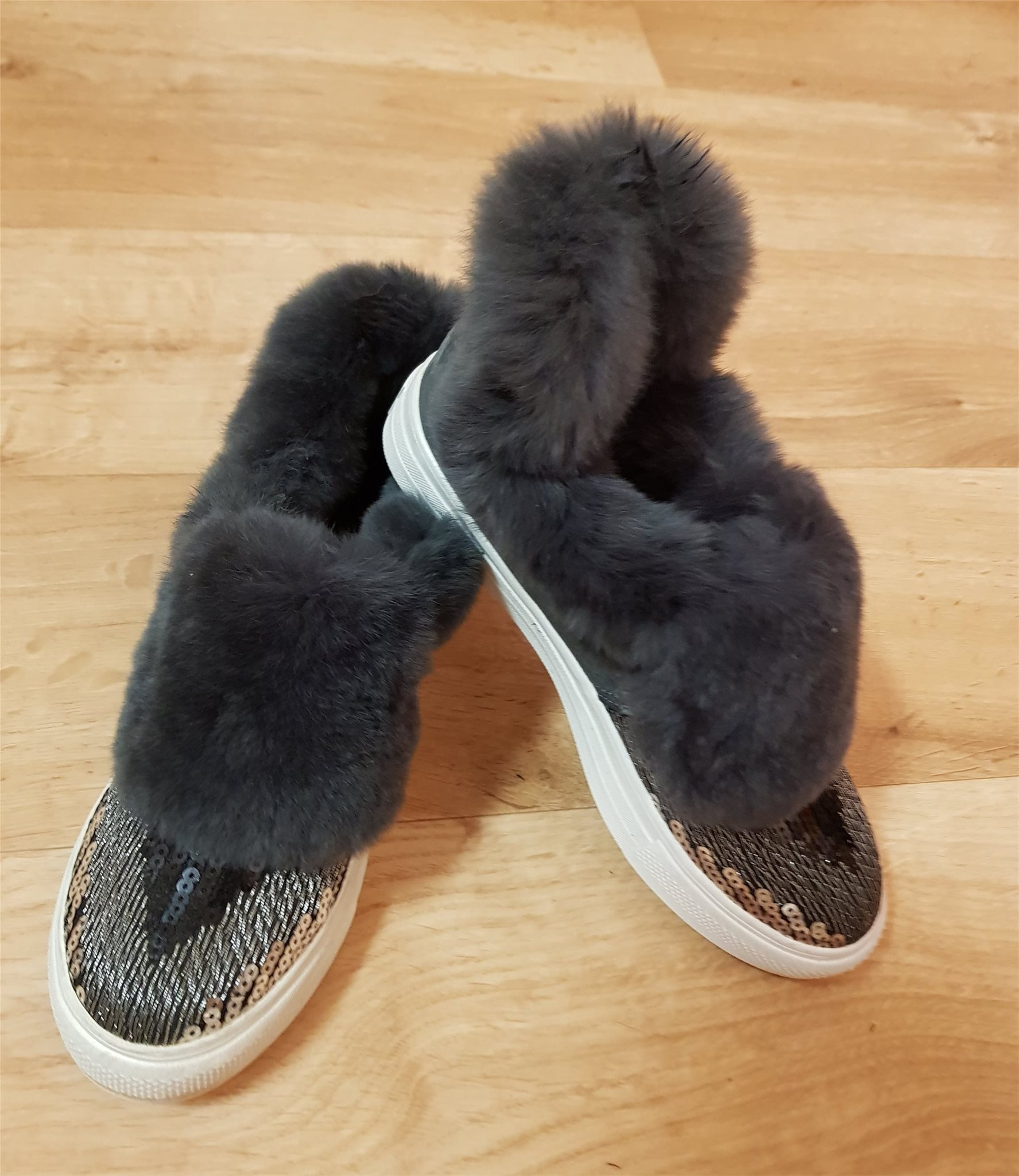 skor med paljetter