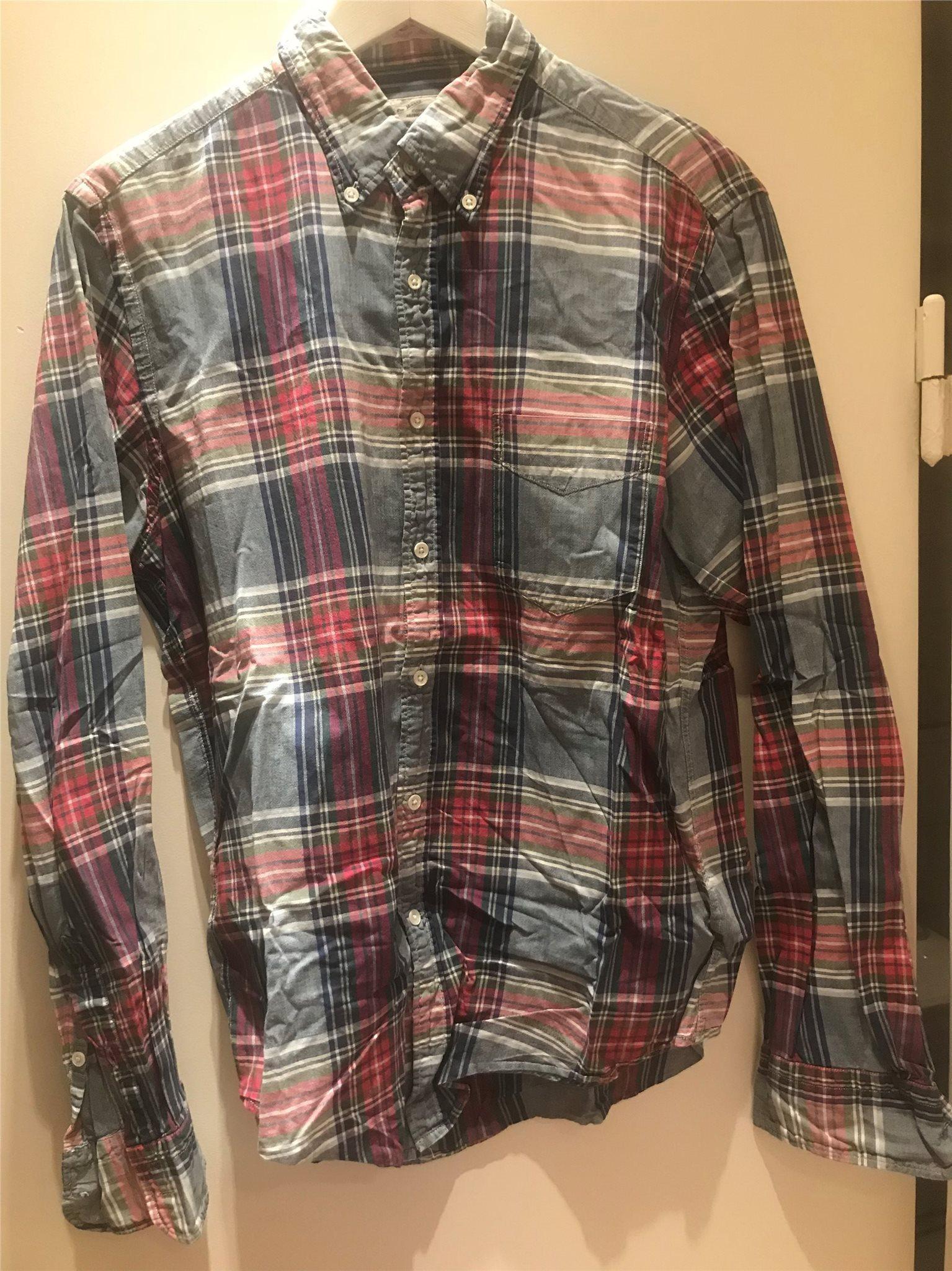 Gant rugger skjorta storlek M (335394693) ᐈ Köp på Tradera 2dd010d8c691f