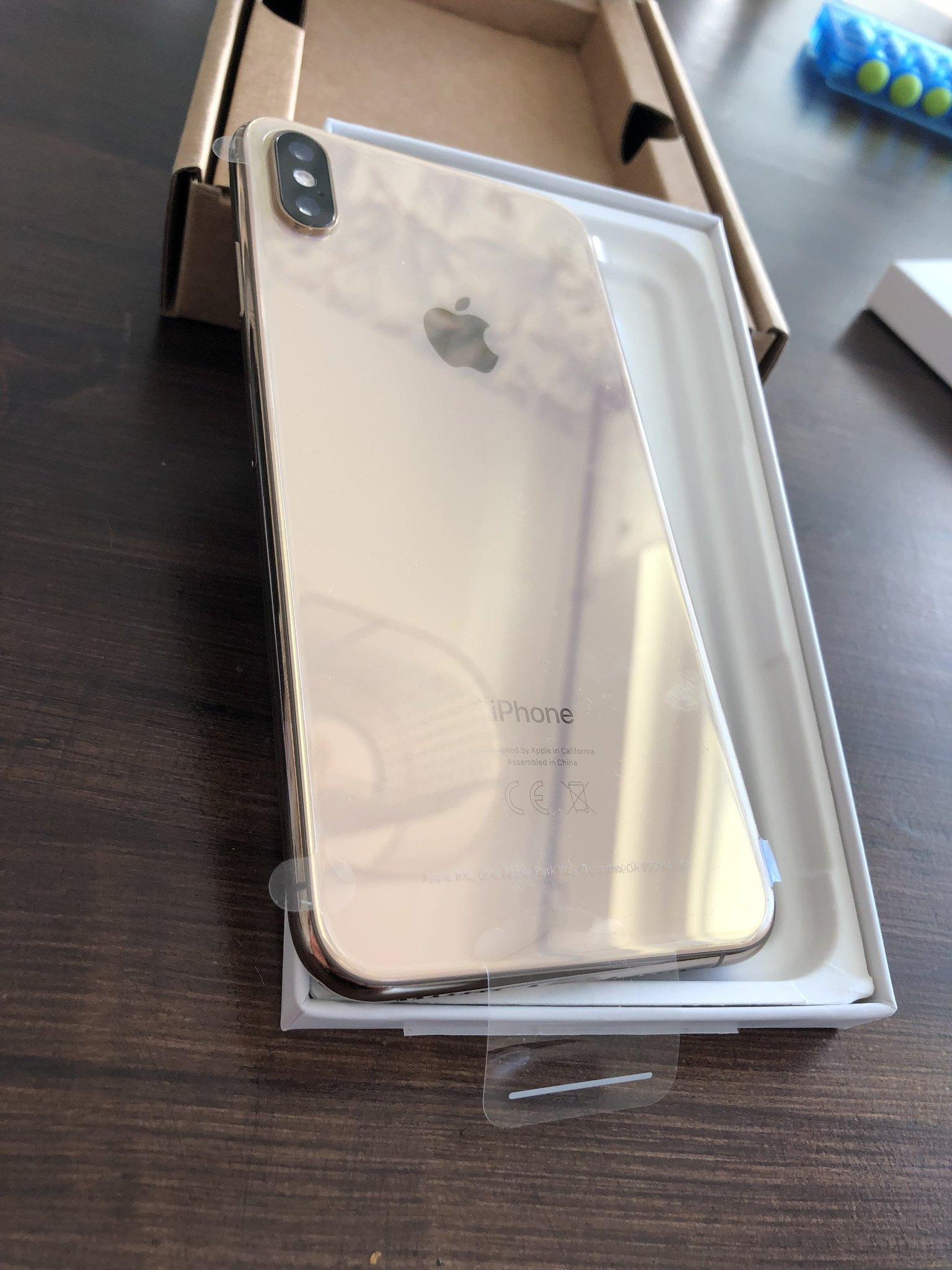 Oanvänd iPhone XS Max 64GB Gold