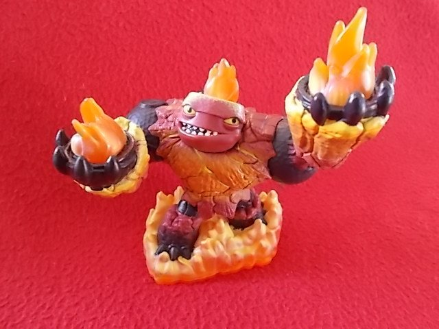 SKYLANDERS HOT HEAD Nintendo Wii  / Wii U / Xbox 360 / PS3 / PS4