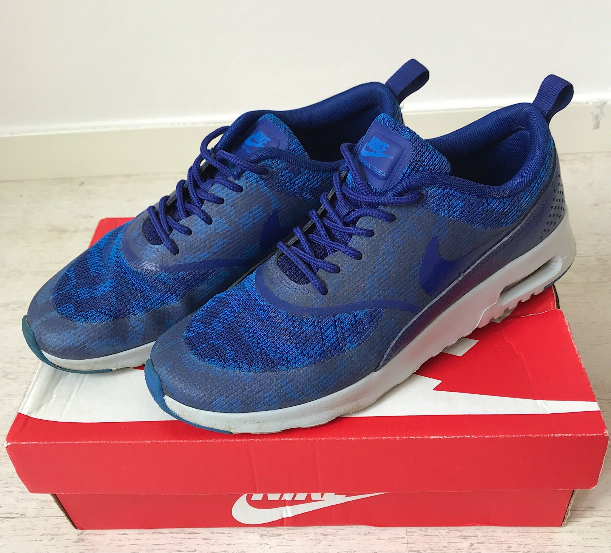 new product 30390 bd58d Blå Nike Air Max Thea strl 38,5