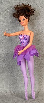 Ballerina med lila kläder afd8a05c31cef