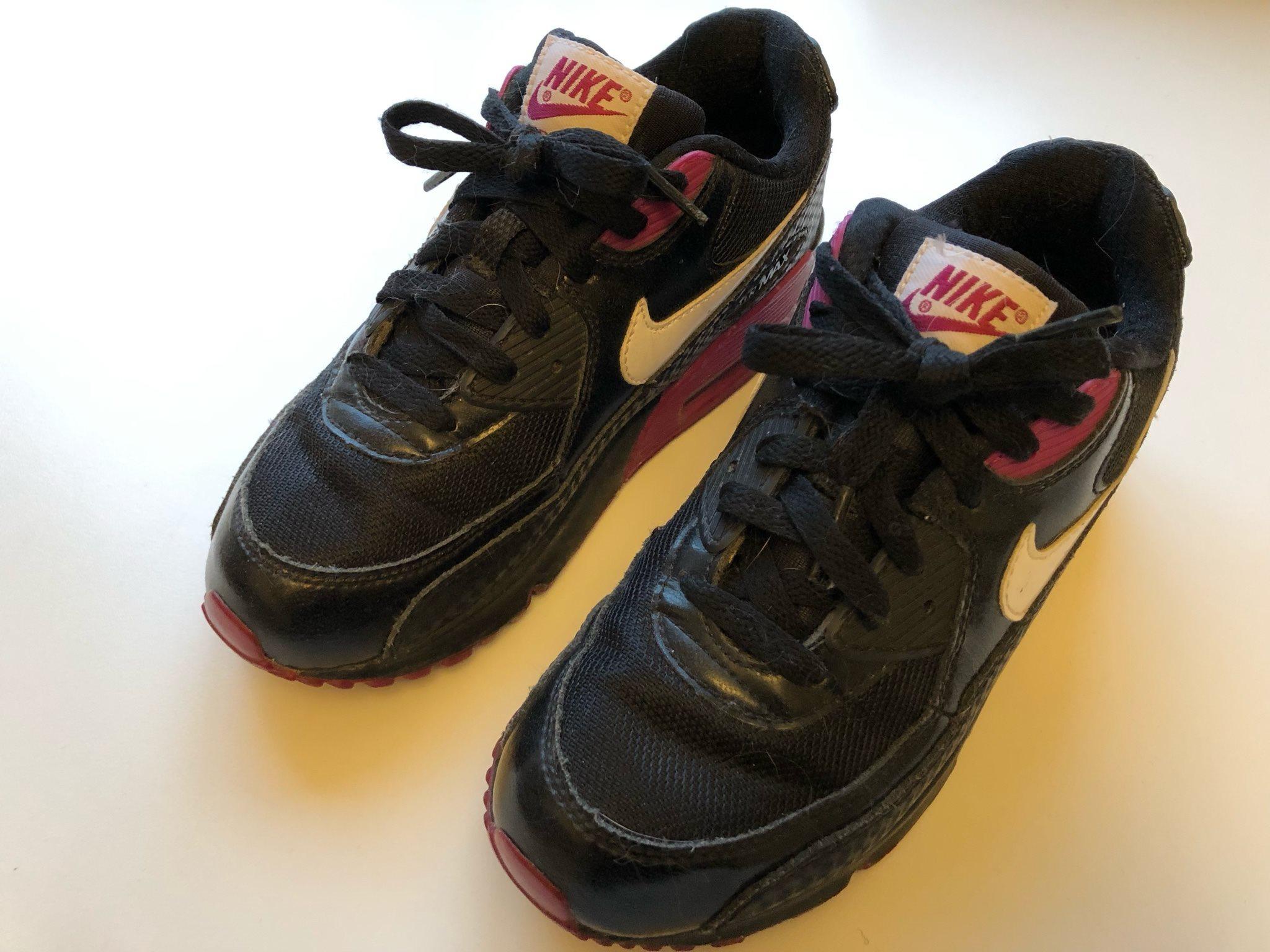 cheaper 99a11 154ea Nikeskor storlek 35