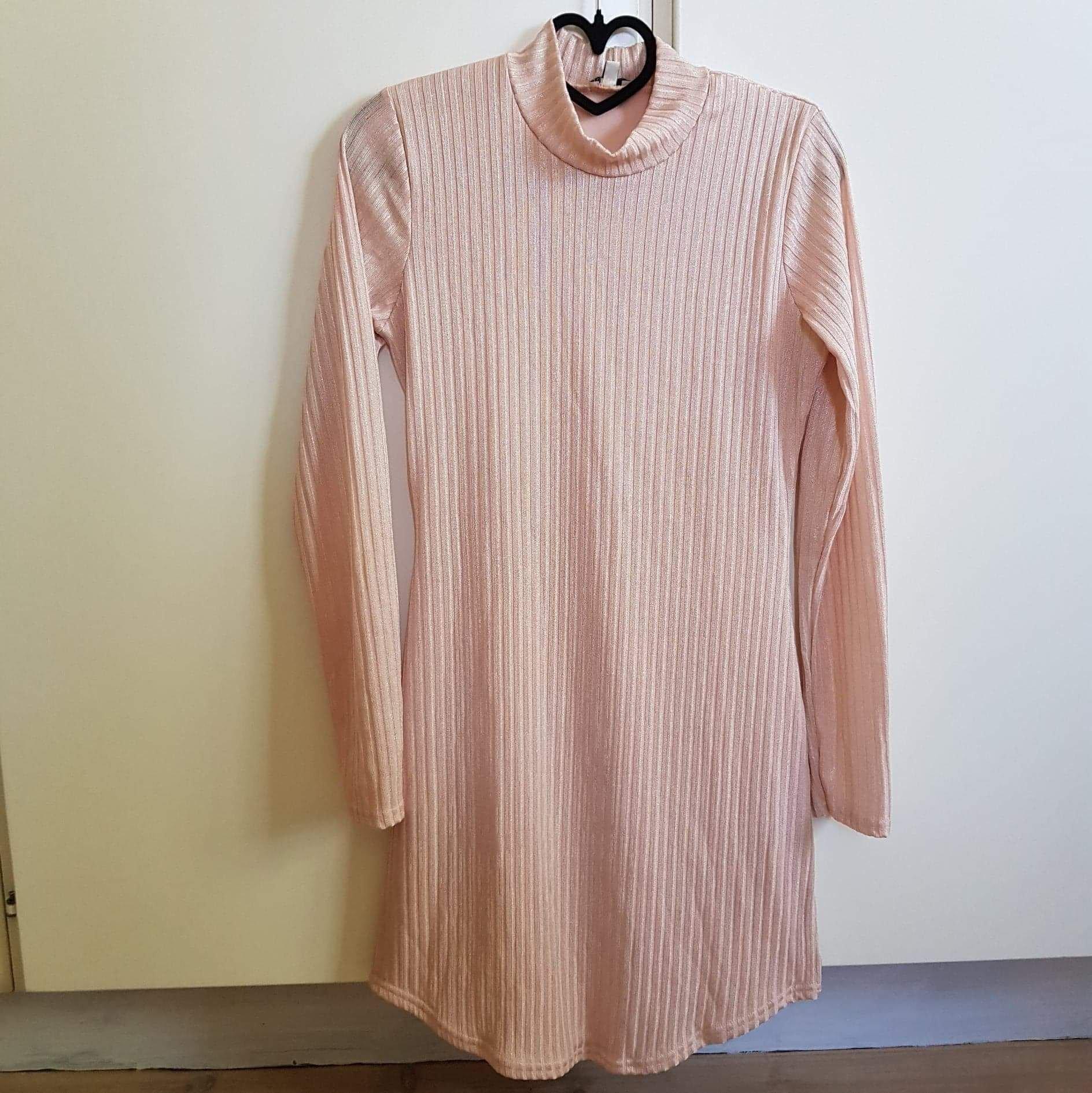 Långärmad klänning från Nelly (stl L) (419052054) ᐈ Köp på