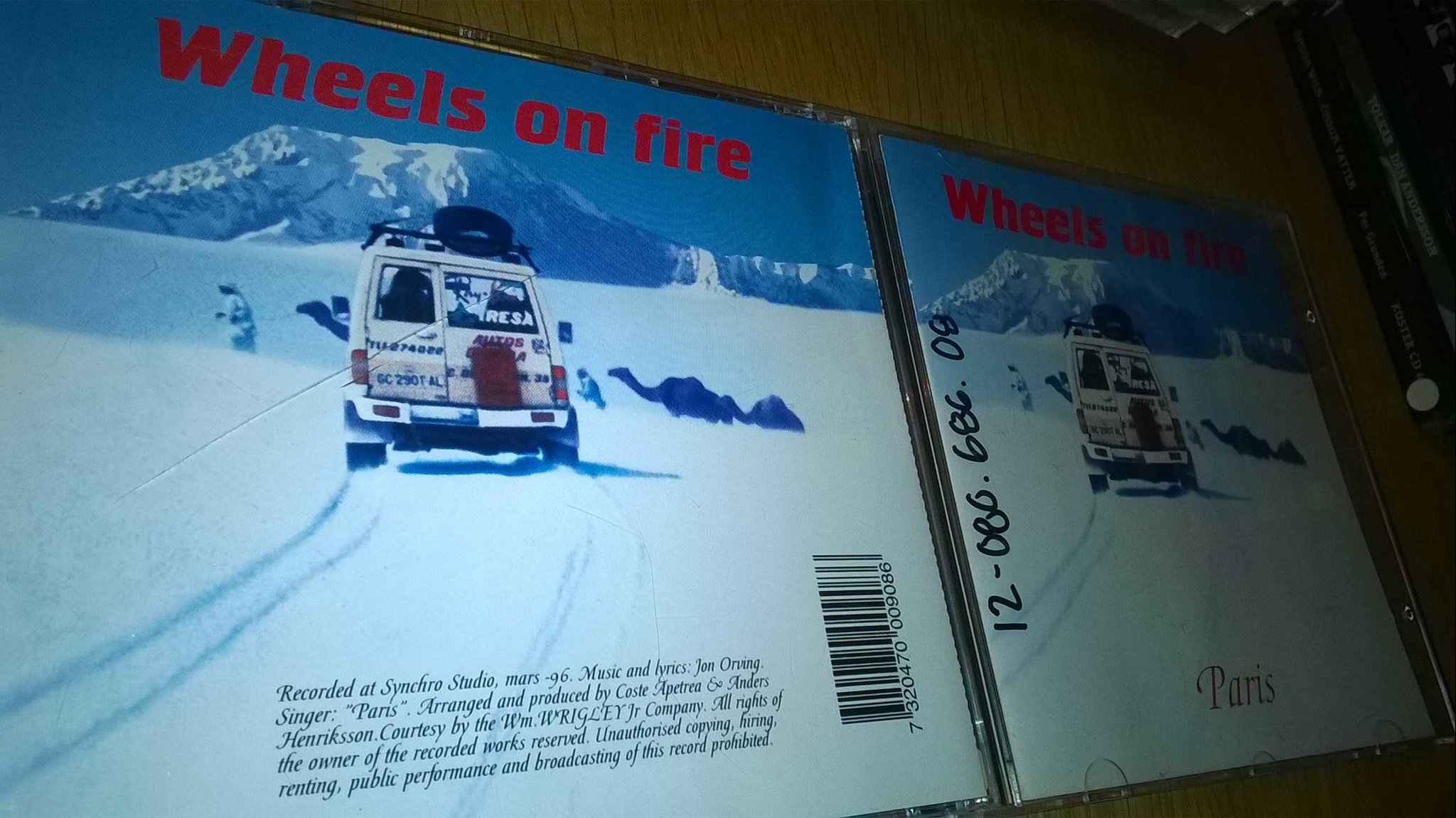Paris - Wheels On Fire. CD, single