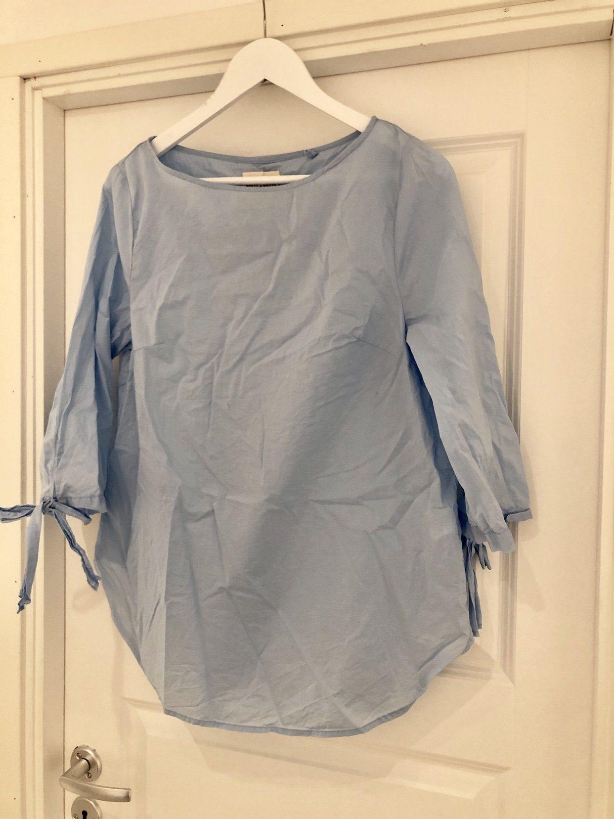 b45a6fb40755 Holly & Whyte blus tunika Lindex (345187056) ᐈ Köp på Tradera