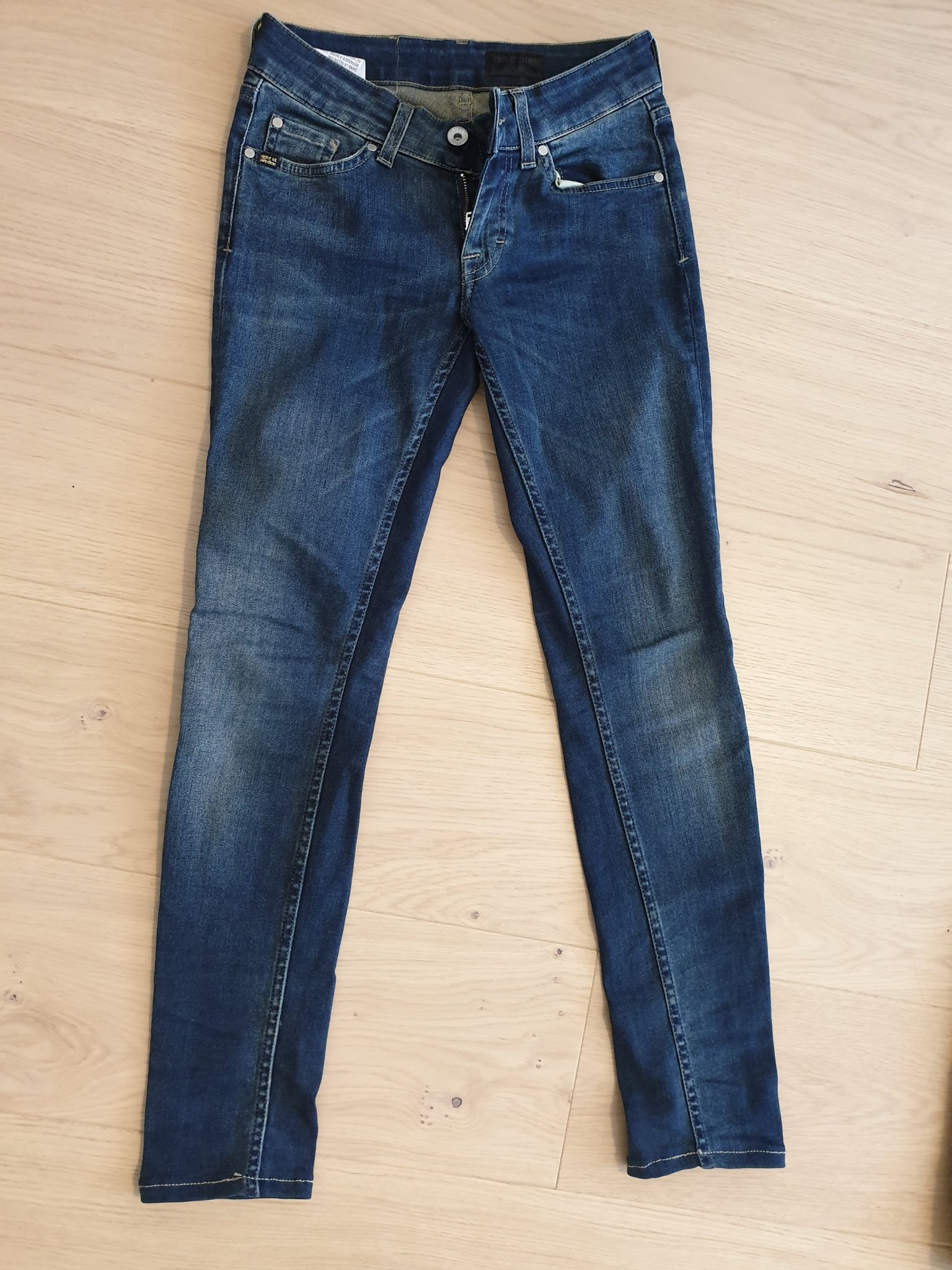 56f7e6ae995 Jeans, Tiger of Sweden, Dam, stl 26/30 (349595670) ᐈ Köp på Tradera
