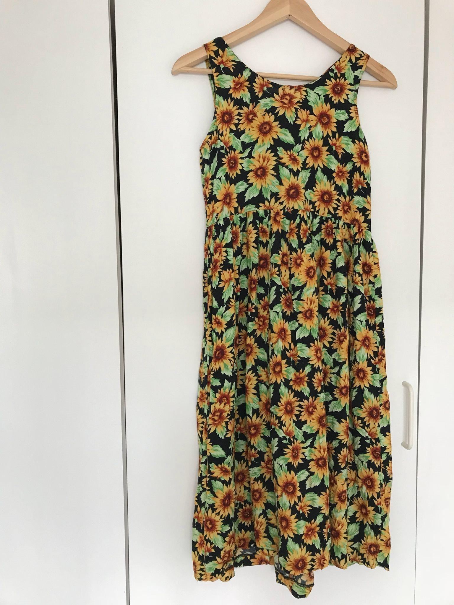 Vacker midi klänning solros second hand (319928147) ᐈ Köp på Tradera 2728f49b74f82