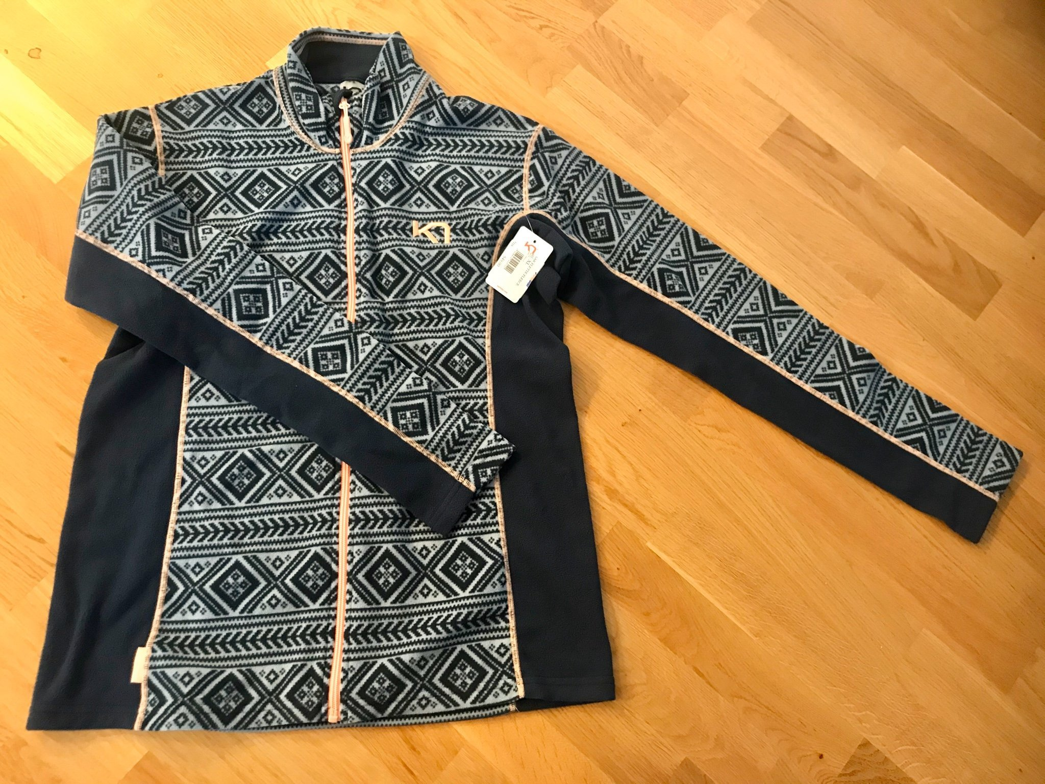 FLEECE Tröja Intersport XL helt ny (386569592) ᐈ Köp på Tradera