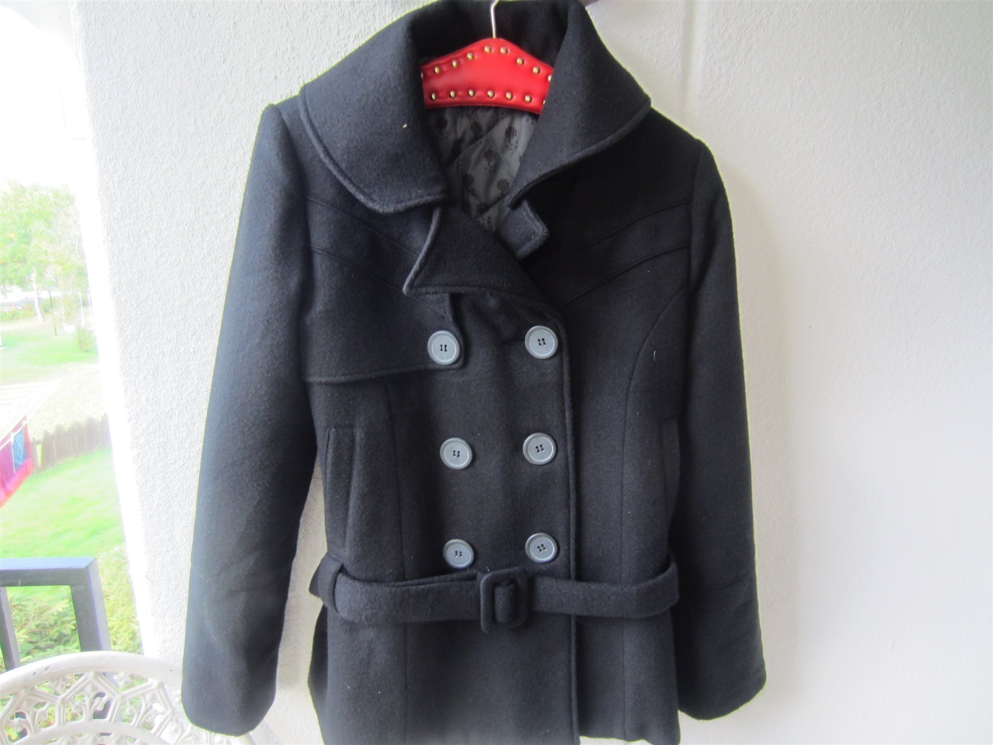 snygg svart jacka