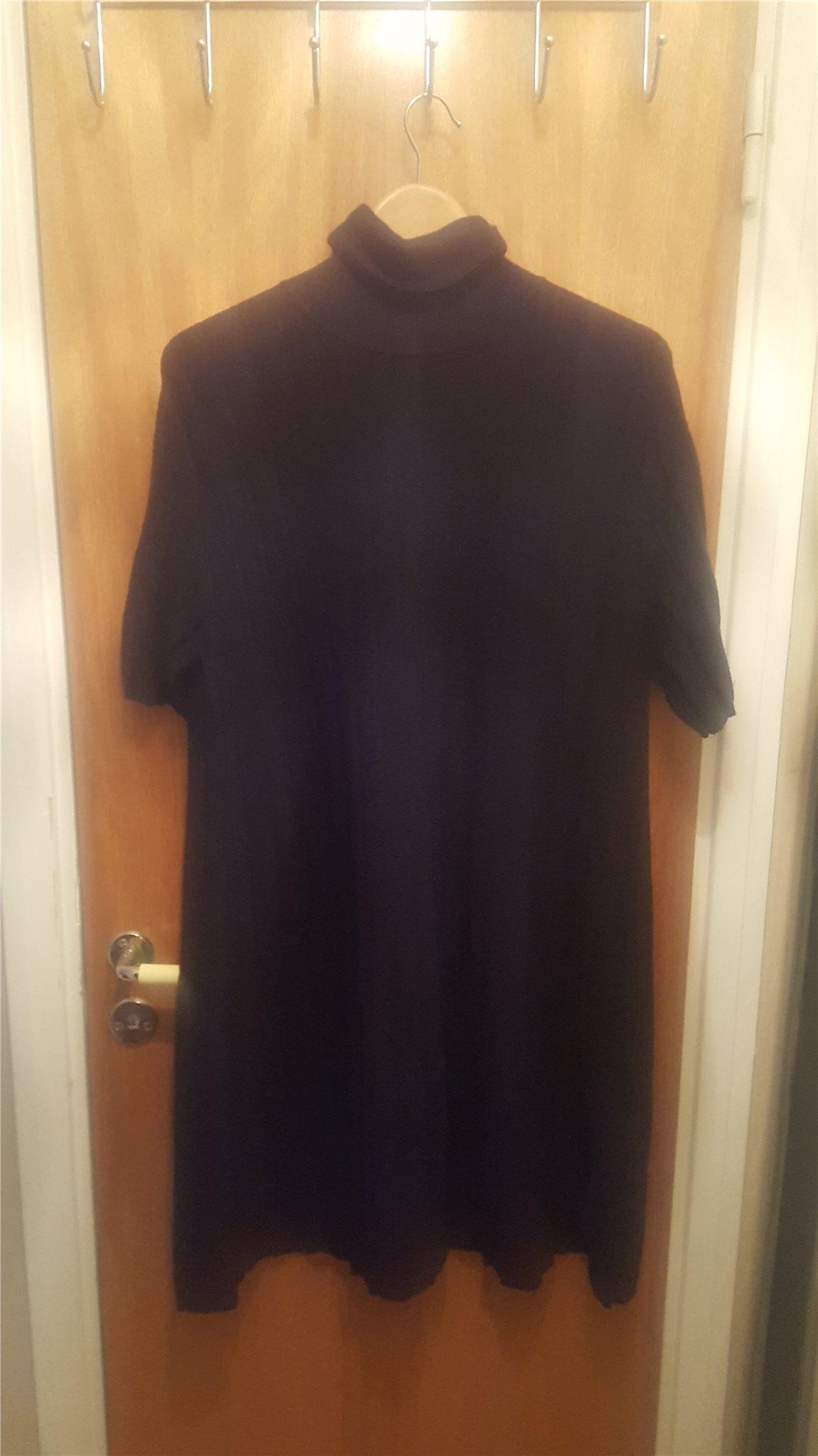 7f99fc2afd08 COS - Stickad svart polotröja / klänning i A - .. (345666637) ᐈ Köp ...