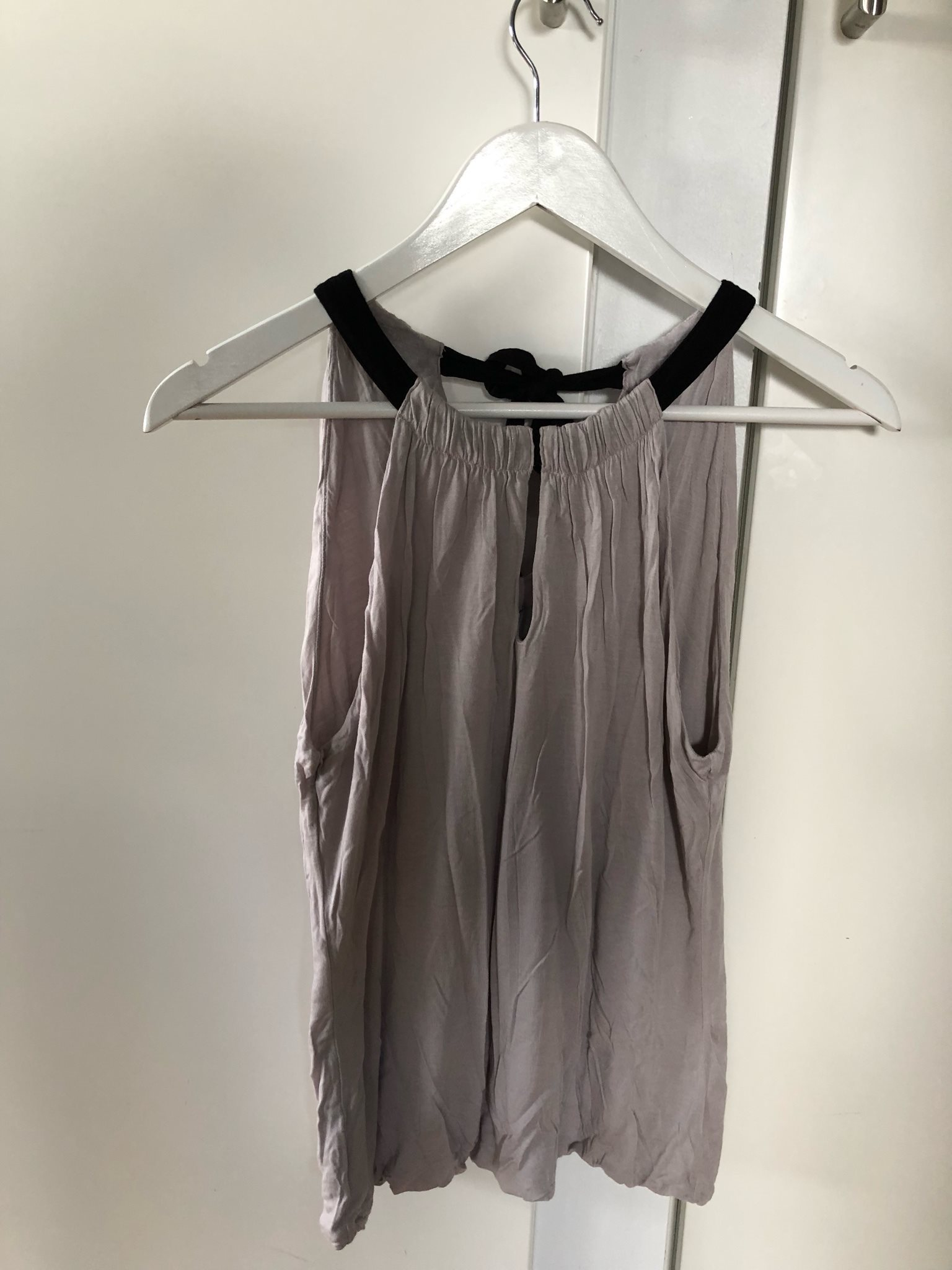 ÅRETS JULKLAPP! Beige grå linne halterneck svar.. (332494605) ᐈ Köp ... fc5396325d45d