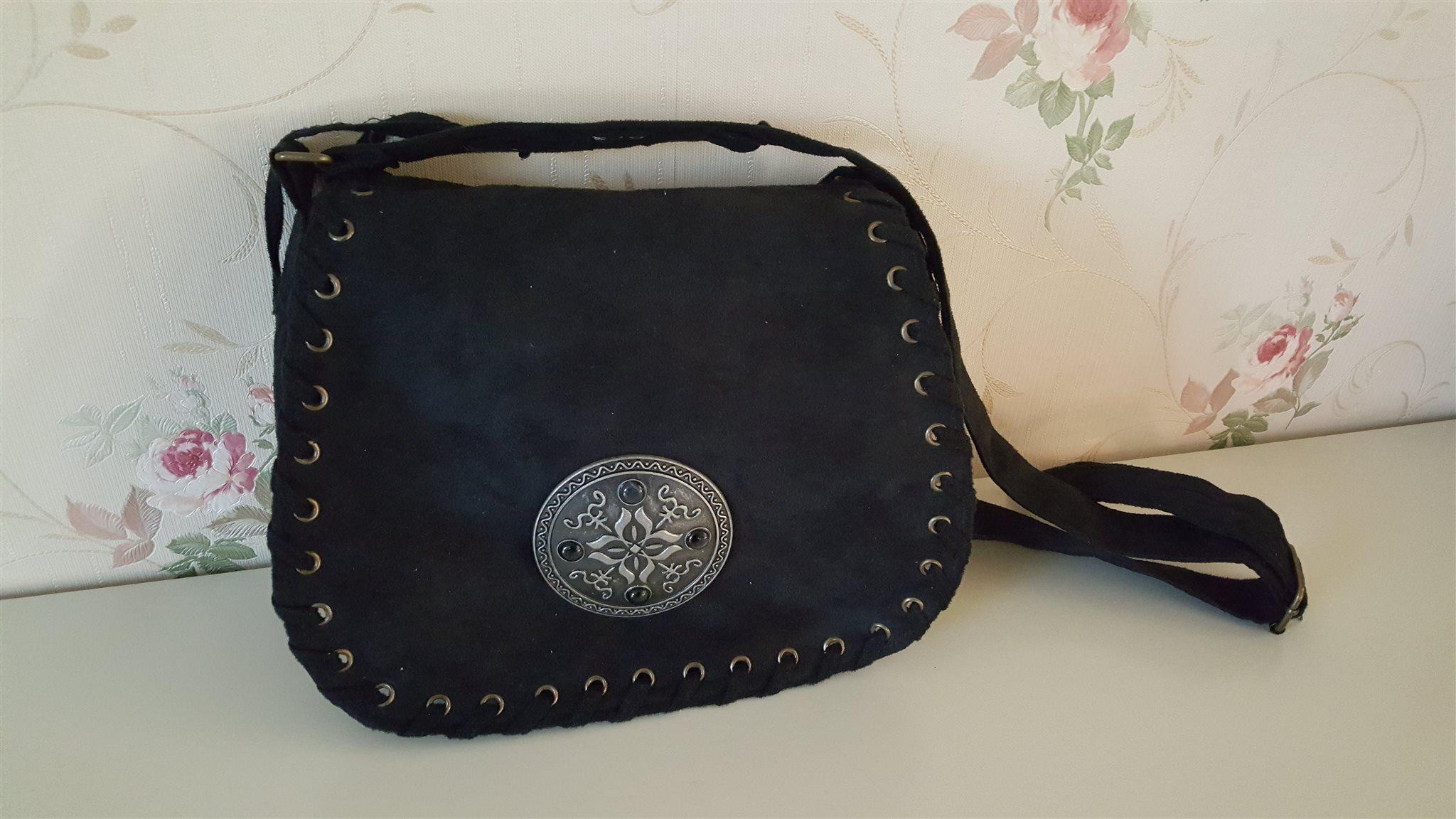 Snygg svart sommarväska med snygga detaljer. (315184656) ᐈ Köp på ... f4439557670c4