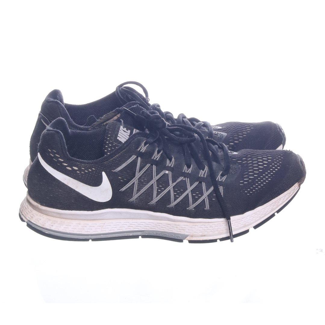 new products 0d9e4 86c89 Nike, Träningsskor, Strl  41, Zoom, Svart Vit