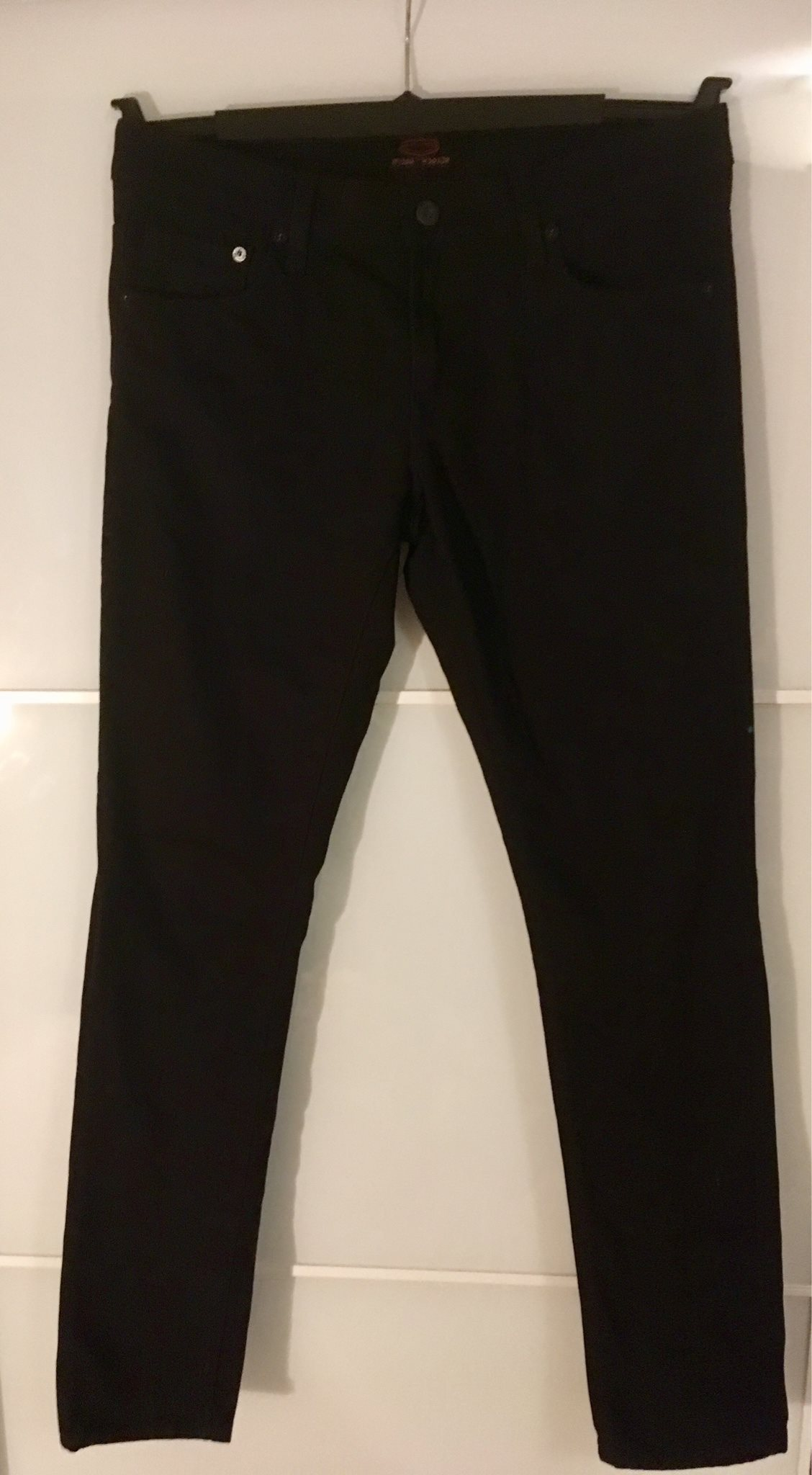svarta crocker jeans
