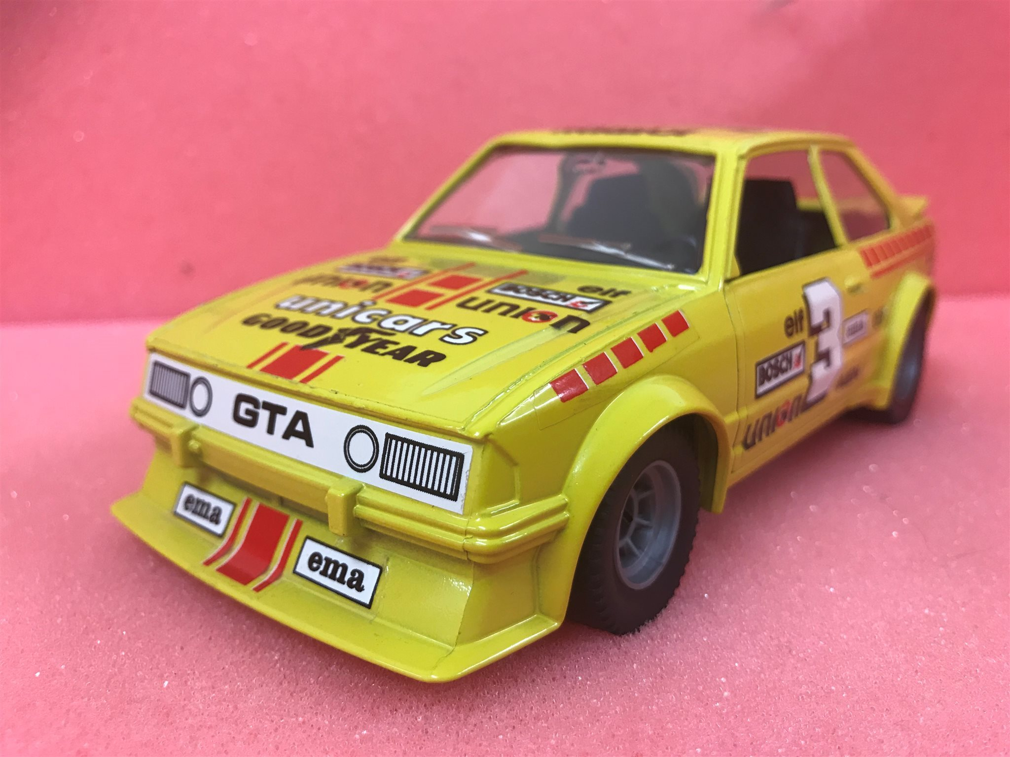 Ford Escort Xr3 Gul Skala 1/23
