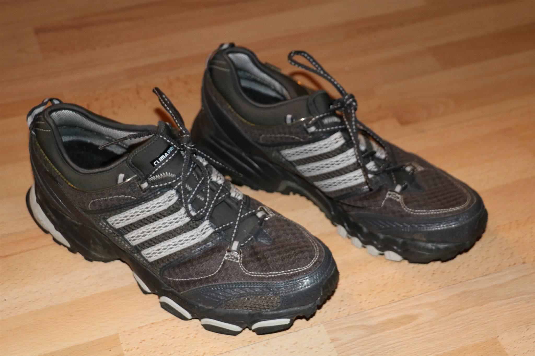 adidas outdoor skor