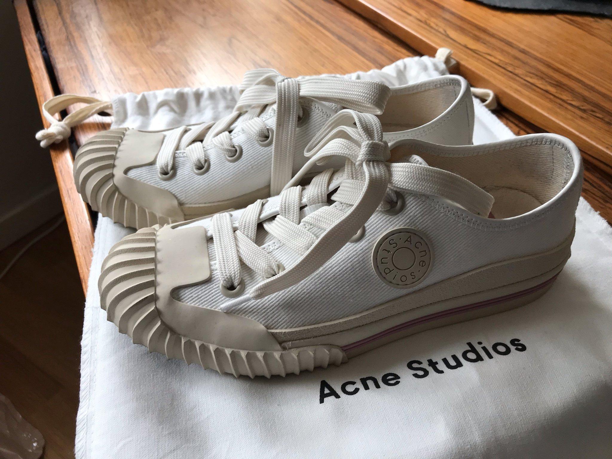Acne Studios Low Top Sneakers