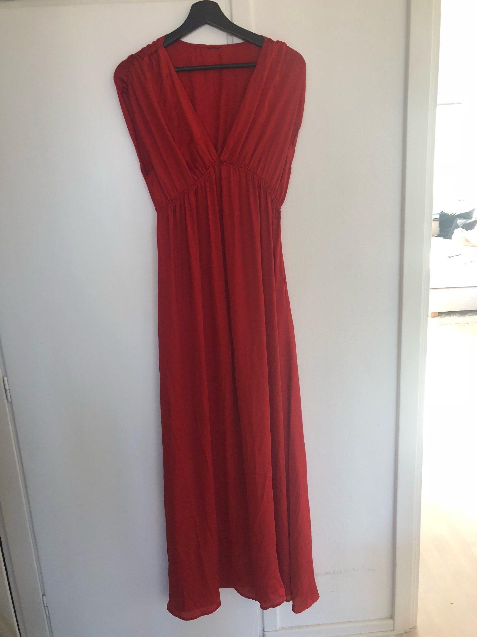 röd klänning fest