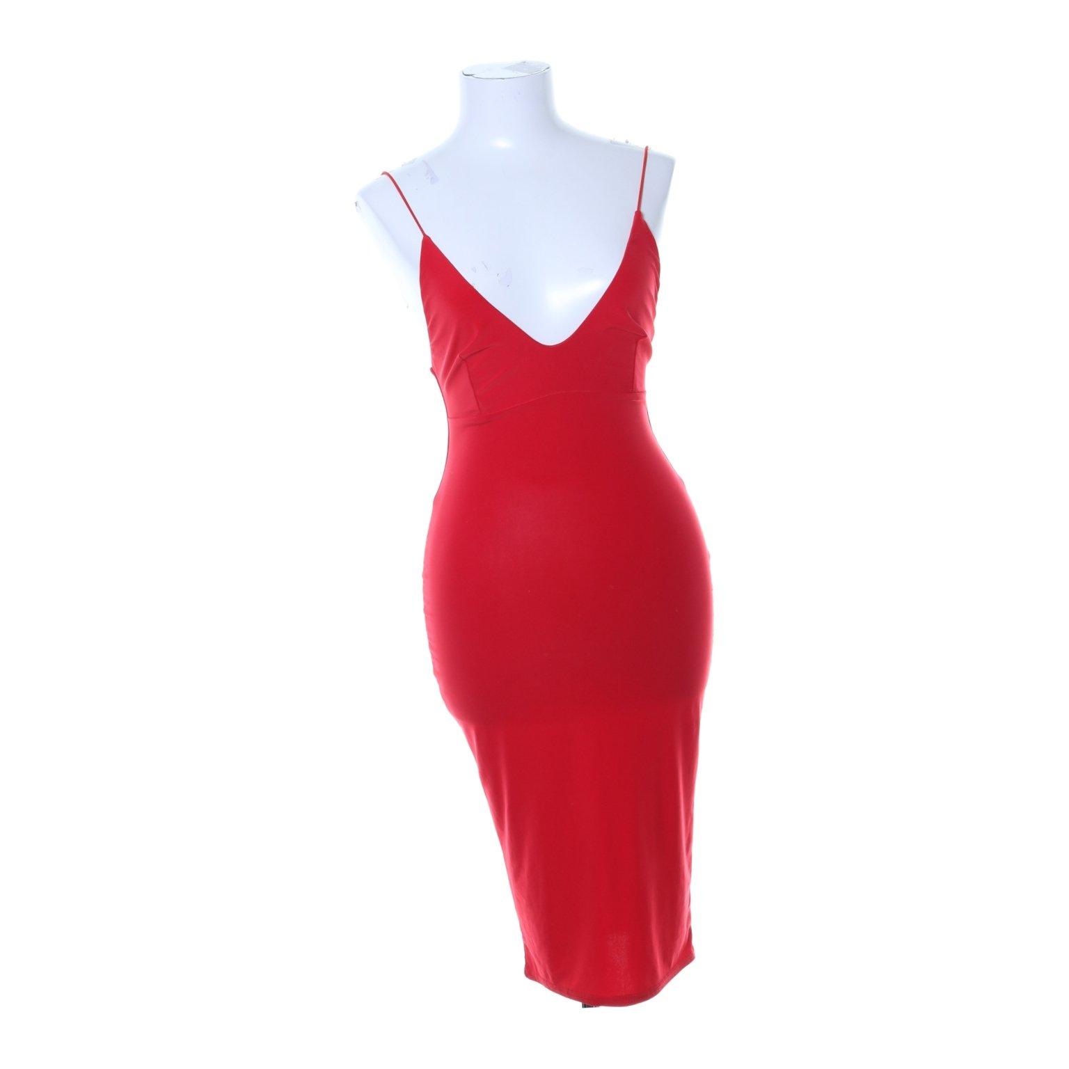 rebecca stella röd klänning